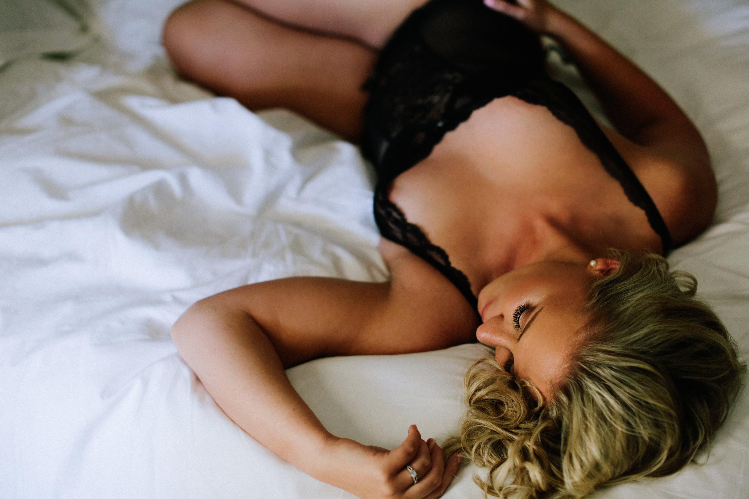 Lauren Boudoir10-2.jpg