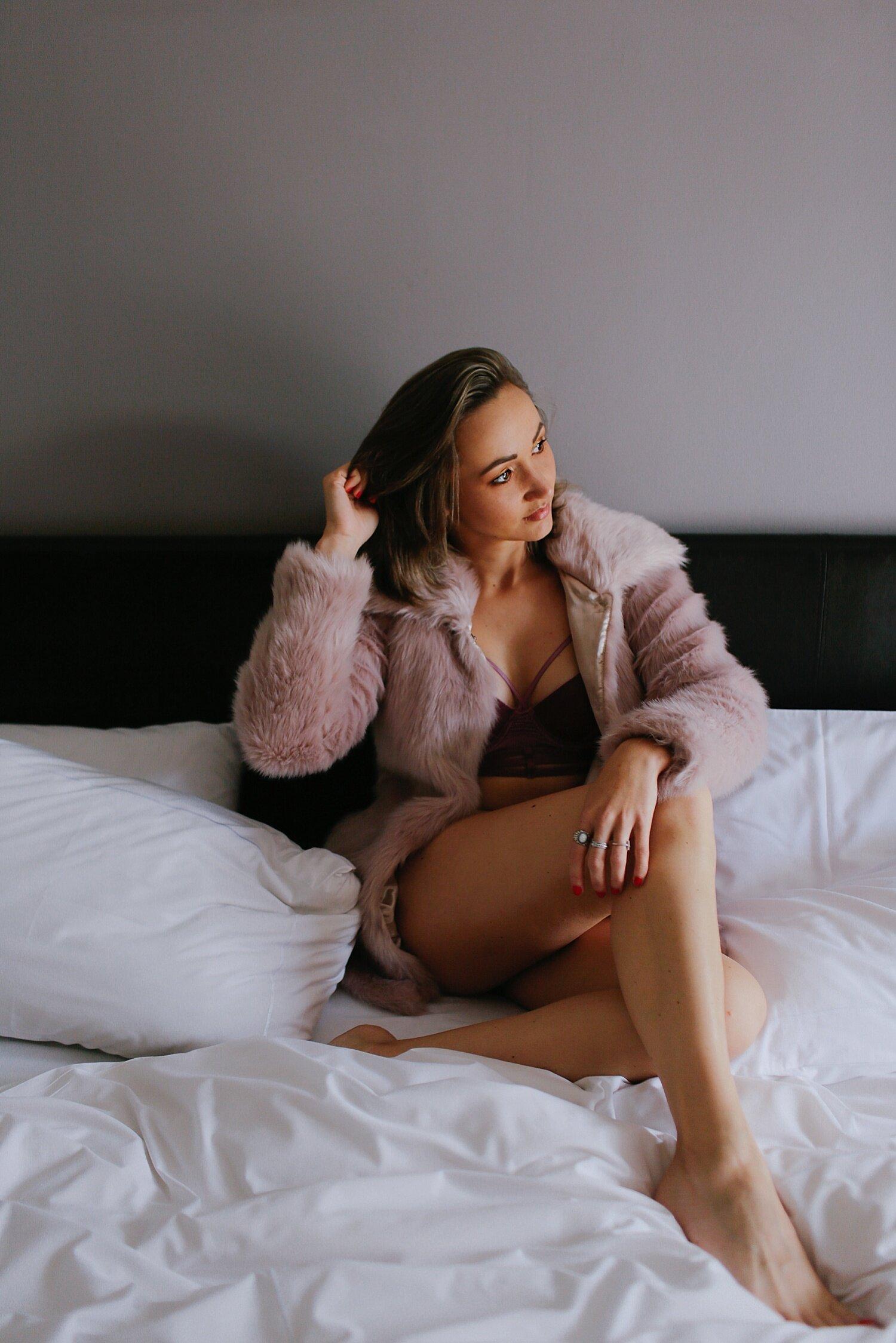 boudoir__maternity_lingerie_fitness_0007.jpg