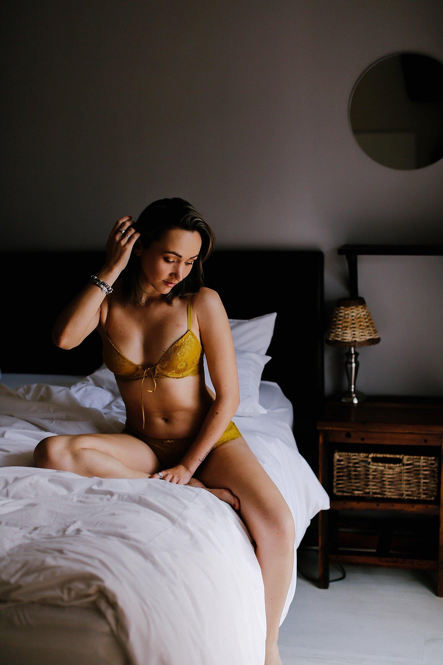 boudoir__maternity_lingerie_fitness_0009.jpg
