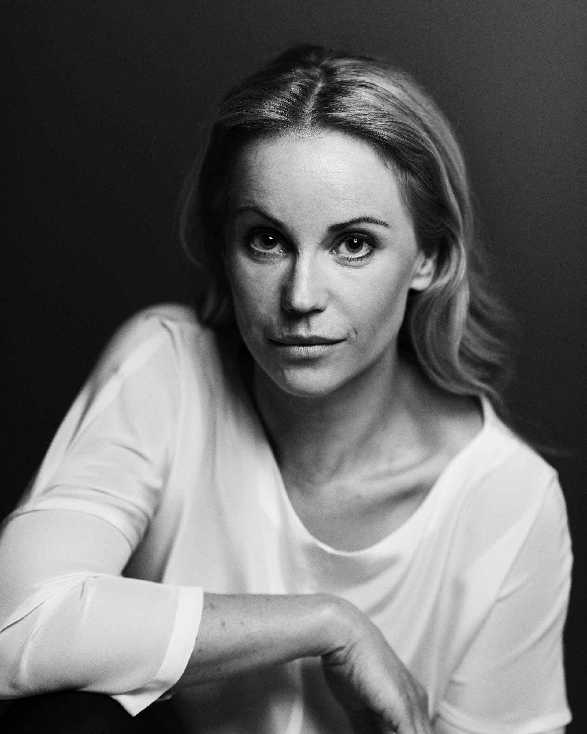 Portfolio_475_Portrait of Sofia Helin_by_KRISTOFER SAMUELSSON PHOTOGRAPHY.jpg
