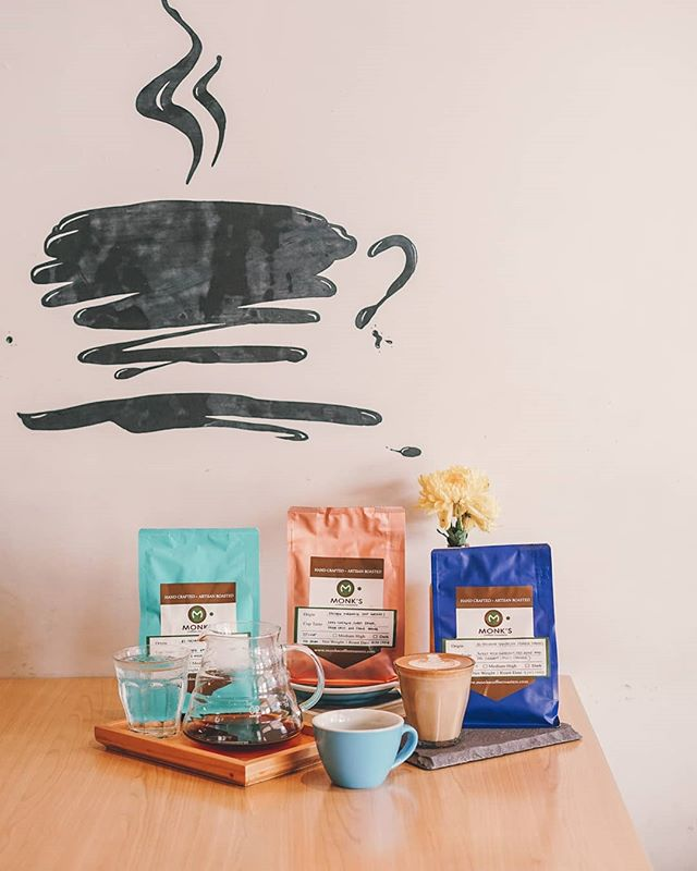 We're laying out our latest beans for those who wants to join our good coffee club. . It's like a sports club but better, cause we get to drink these delicious coffee here or at the comfort of your own home . . Tag and share with your fellow coffee enthusiasts to let them know.