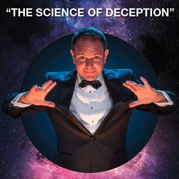 Robert Strong  Comedy Magician
