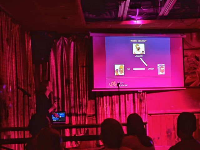 Our second speaker tonight, Dr. Jessica Barson, on how drinking alcohol will often make you want to consume fatty food!(with a generous sprinkling of Homer Simpson cartoons!) #alcohol #fatty #neuroscience #hypothalamus #brain #food #tasteofsci #outreach #scicomm