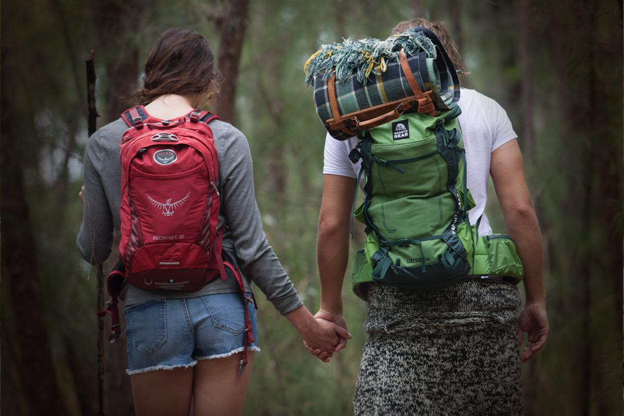 couplehiking3.jpg