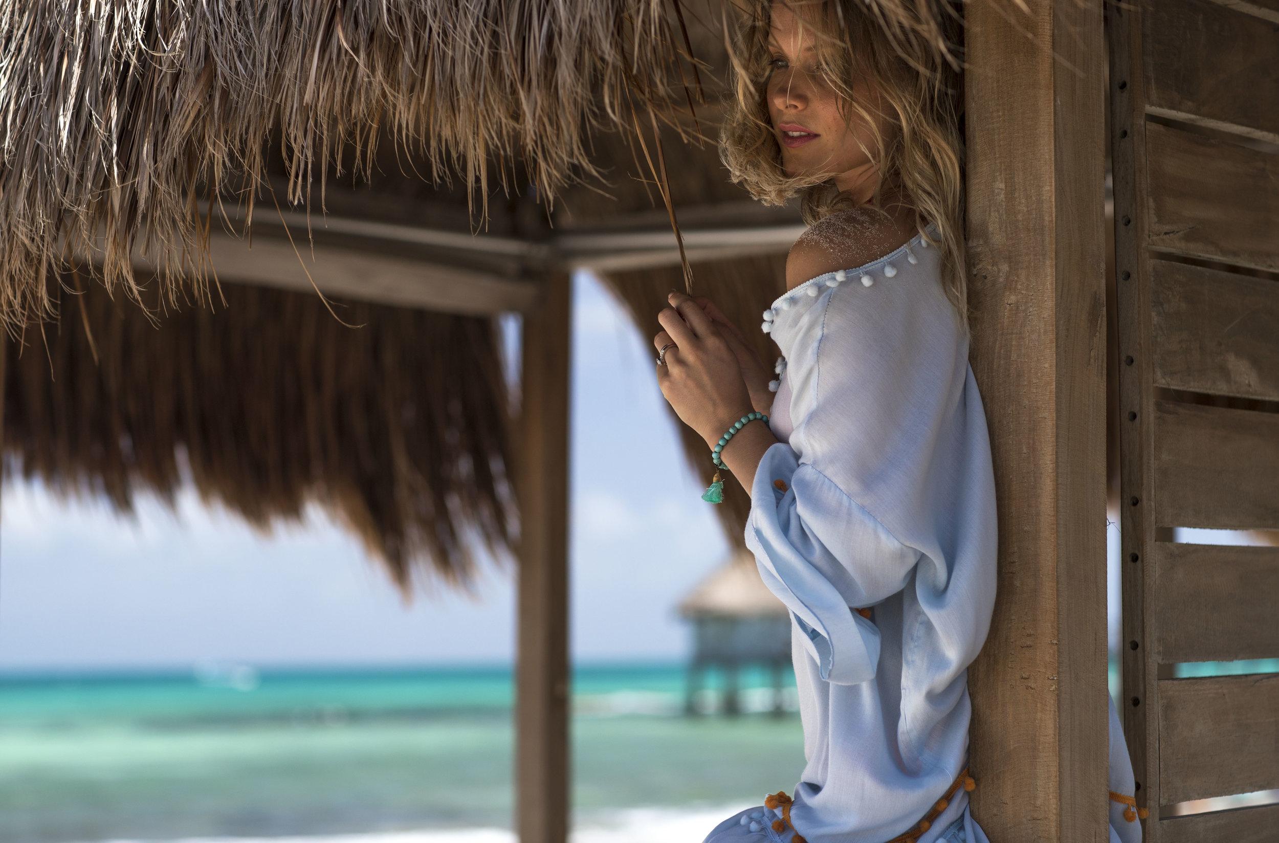 VID_RM_Beach_Day_Woman_Cabana.jpg