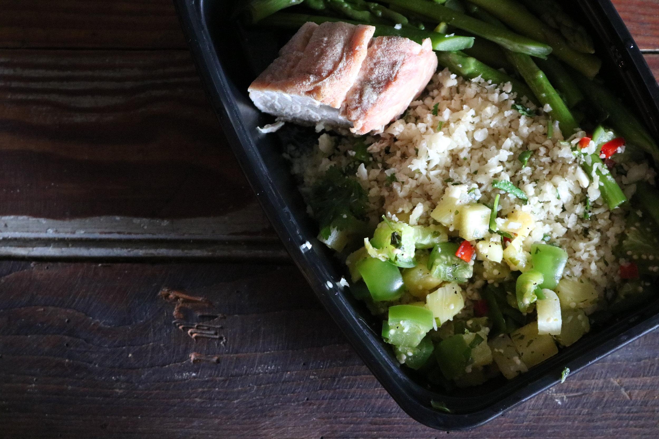 Pork Tenderloin w/ Jalapeño Pineapple Cauliflower Rice & Green Beans