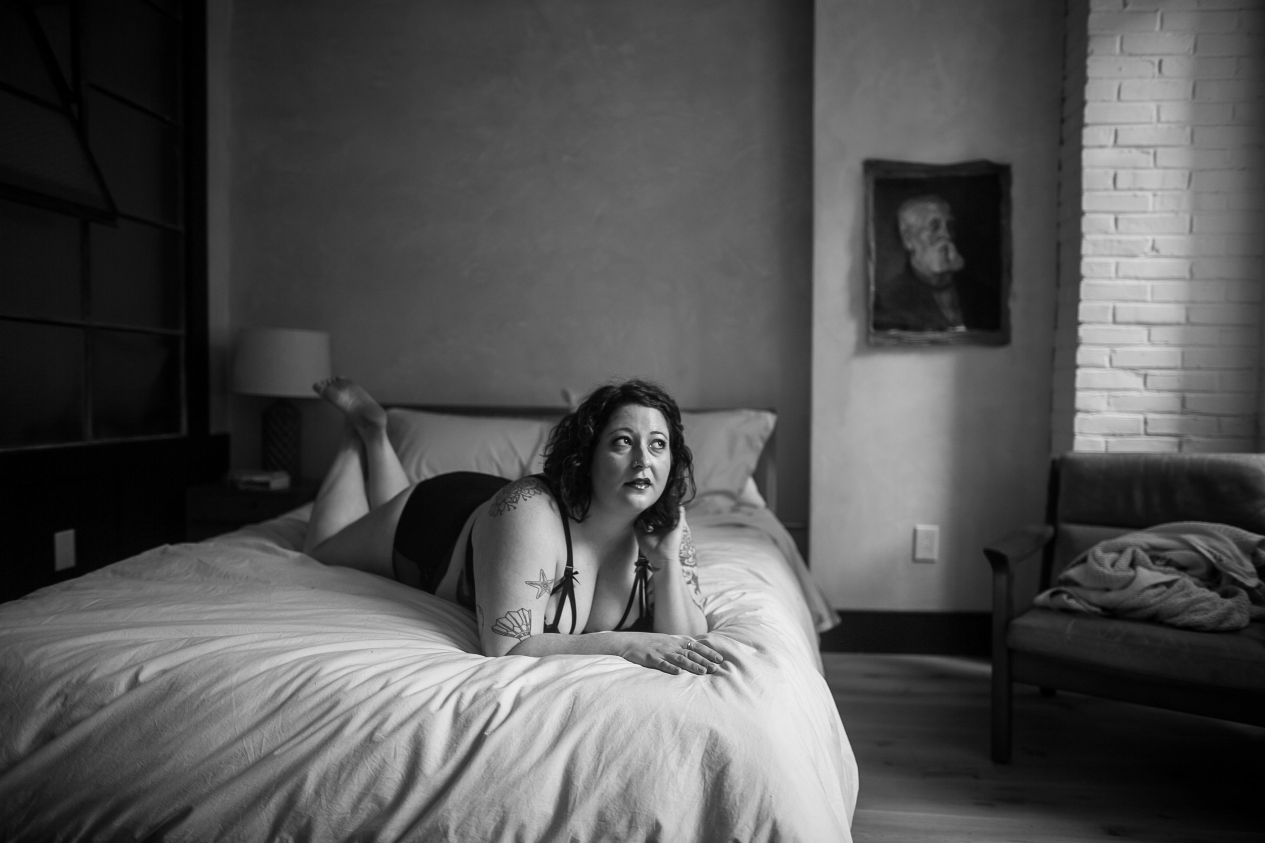 Philly Affordable Boudoir Photographer at Lokal Hotel 15
