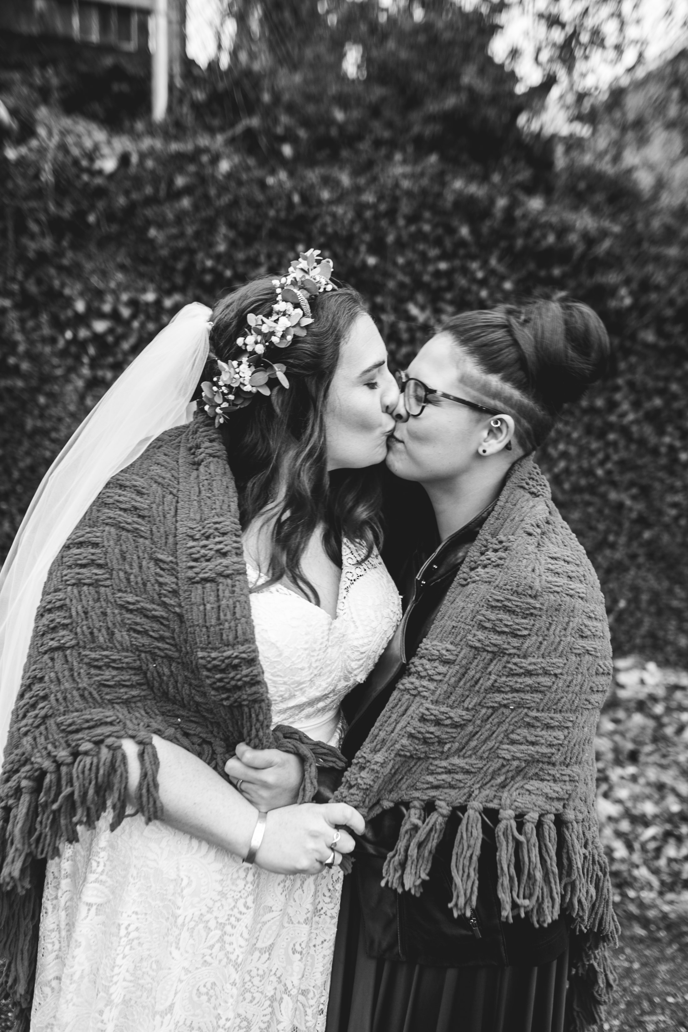 Queer Wedding Philadelphia Elopement by the lesbian photographer 25