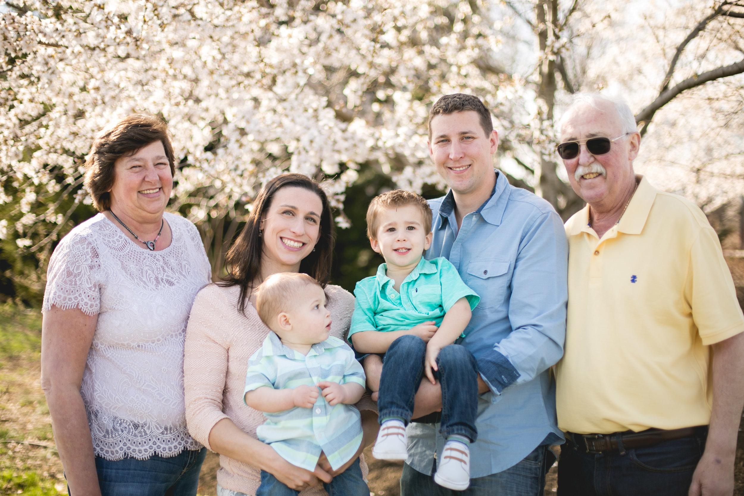 Alex Family-18.jpg