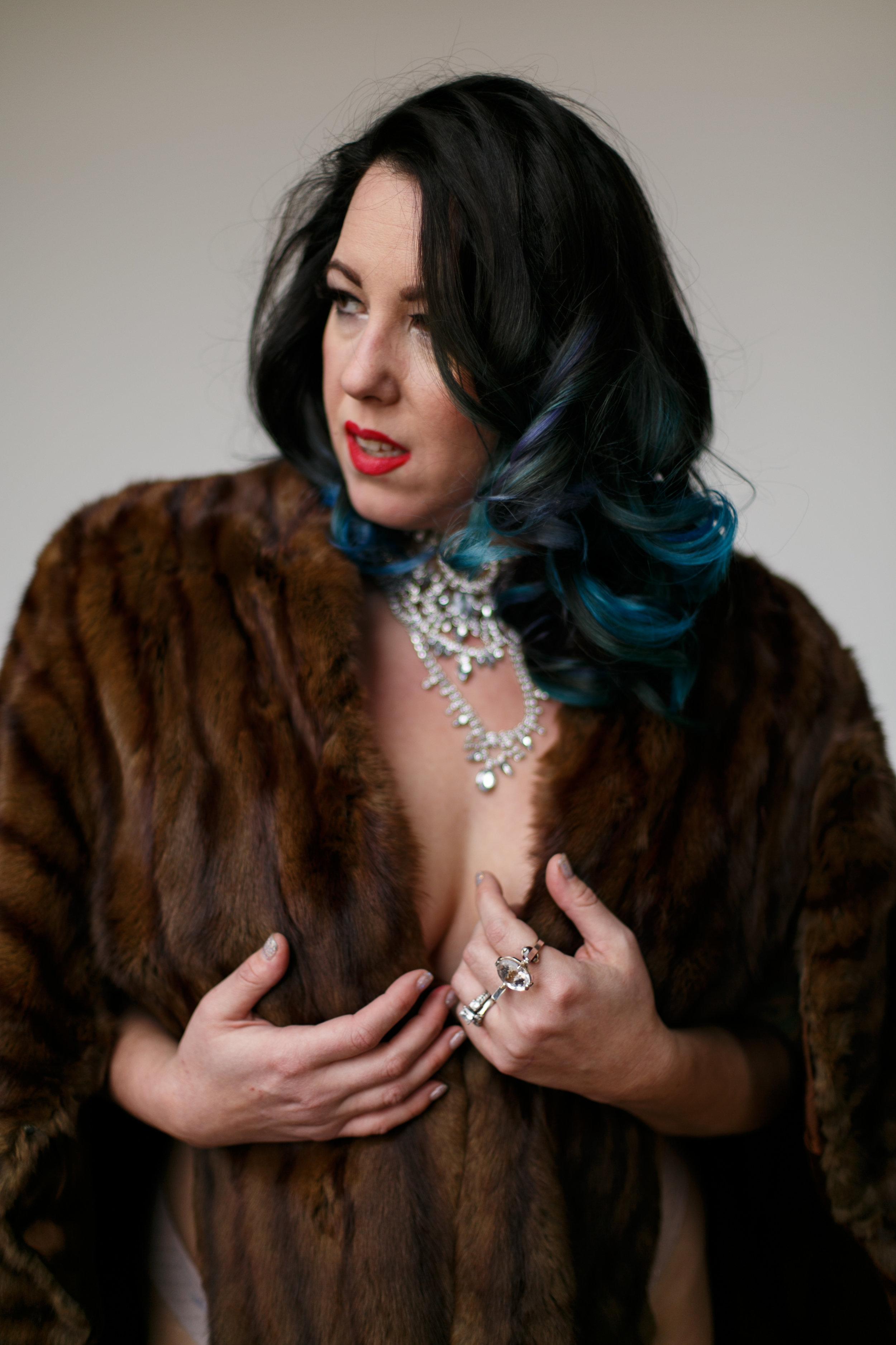 Philly-boudoir-session-posing-inspiration-rachel-29.jpg
