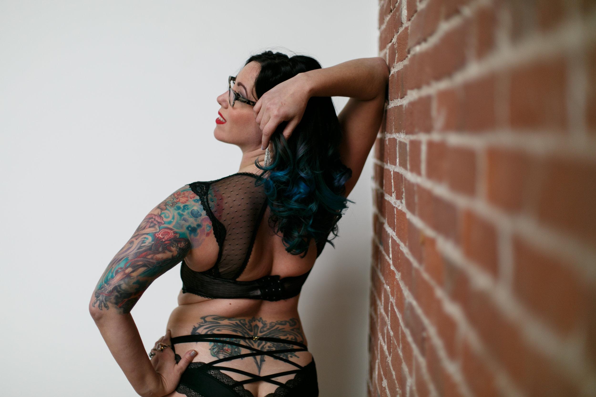 Philly-boudoir-session-posing-inspiration-rachel-60.jpg