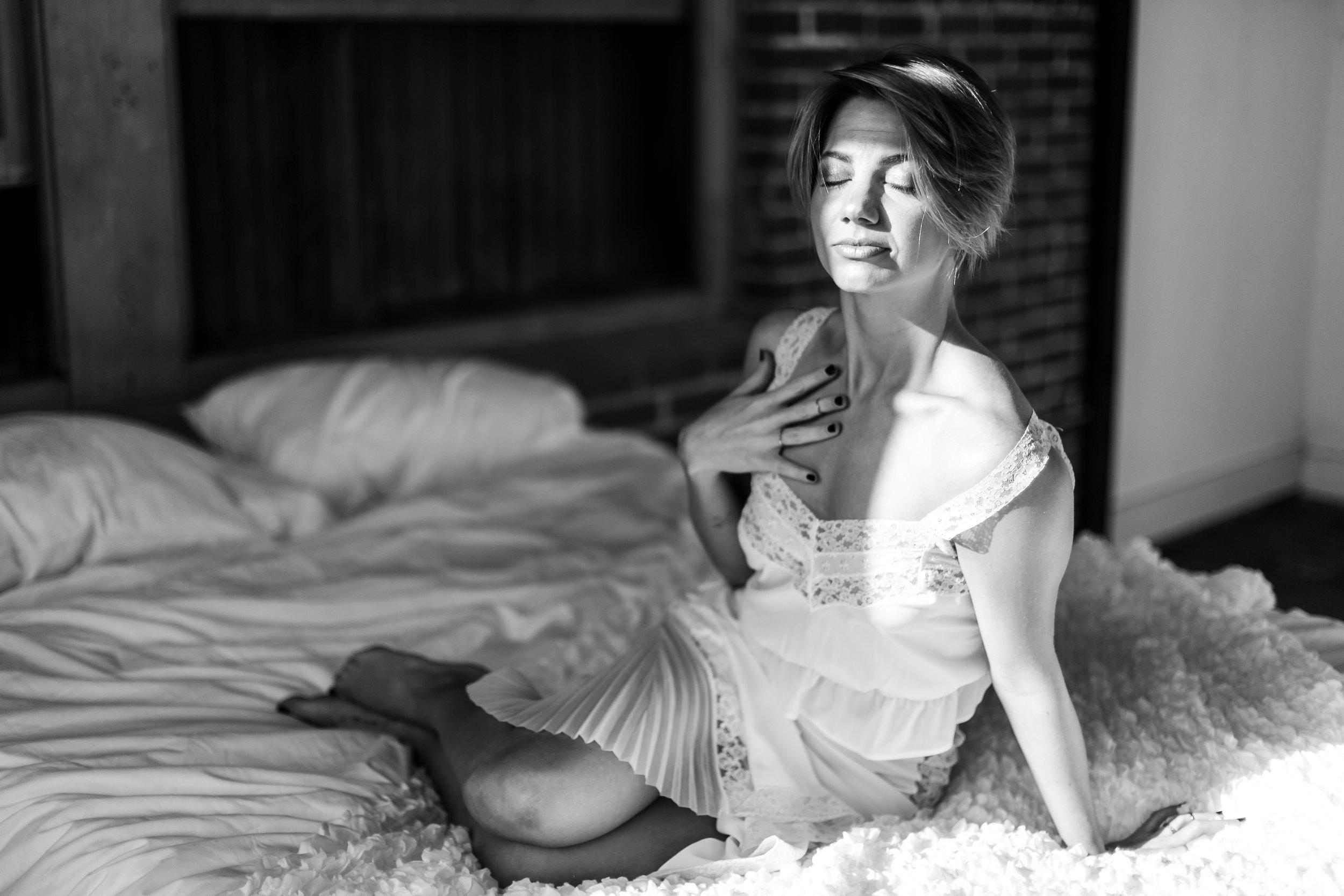 Lexie Philly Boudoir Photographer -34.jpg