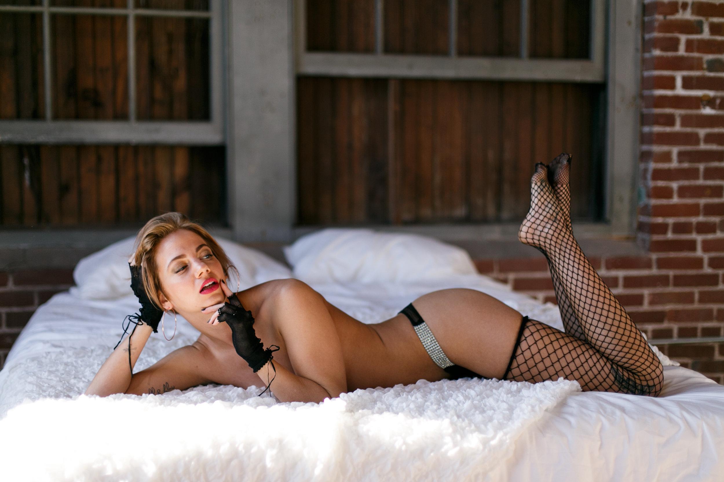 LexiePhillyBoudoirPhotographer-153.jpg