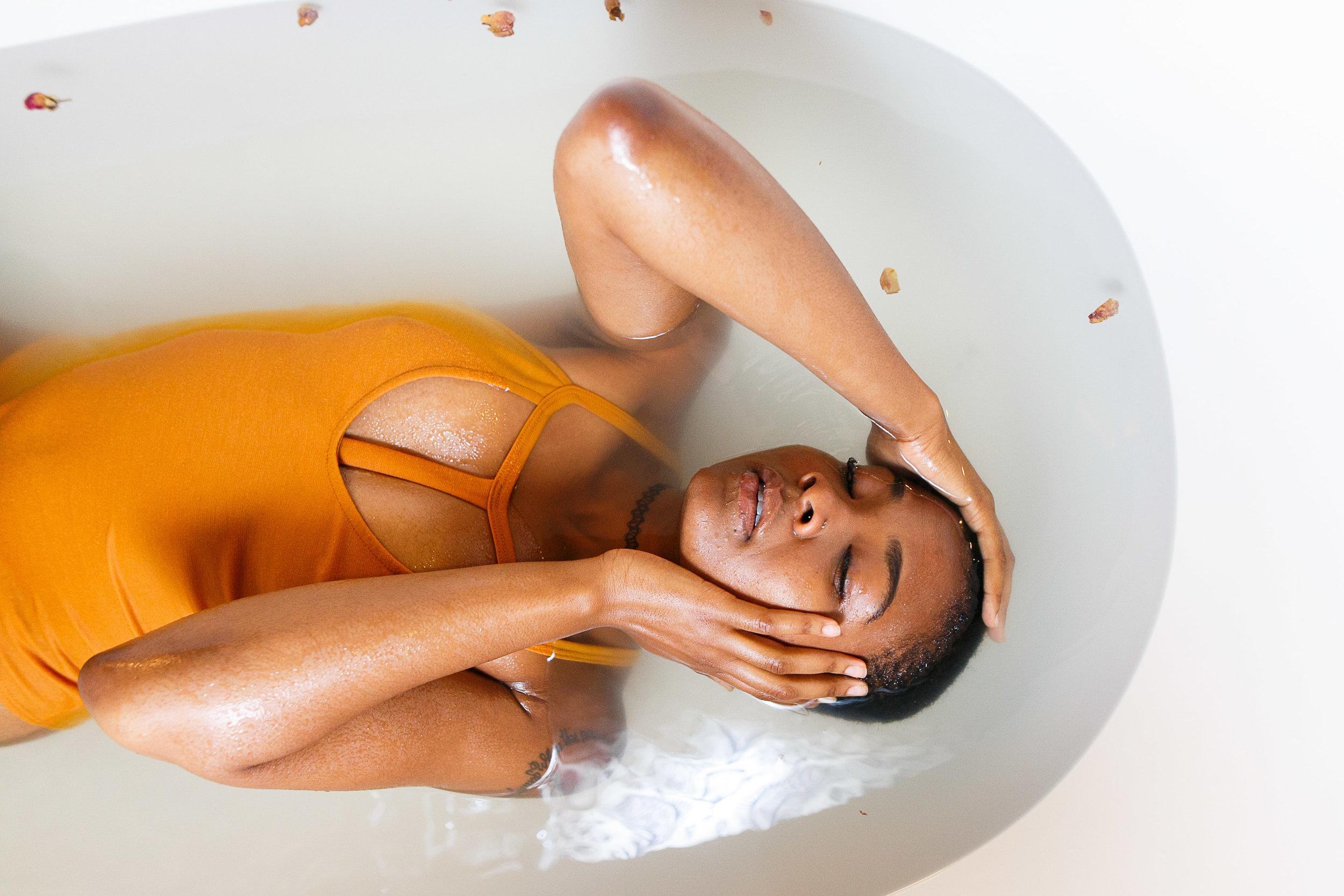 Fi Philadelphia bathtub boudoir Session-122.jpg