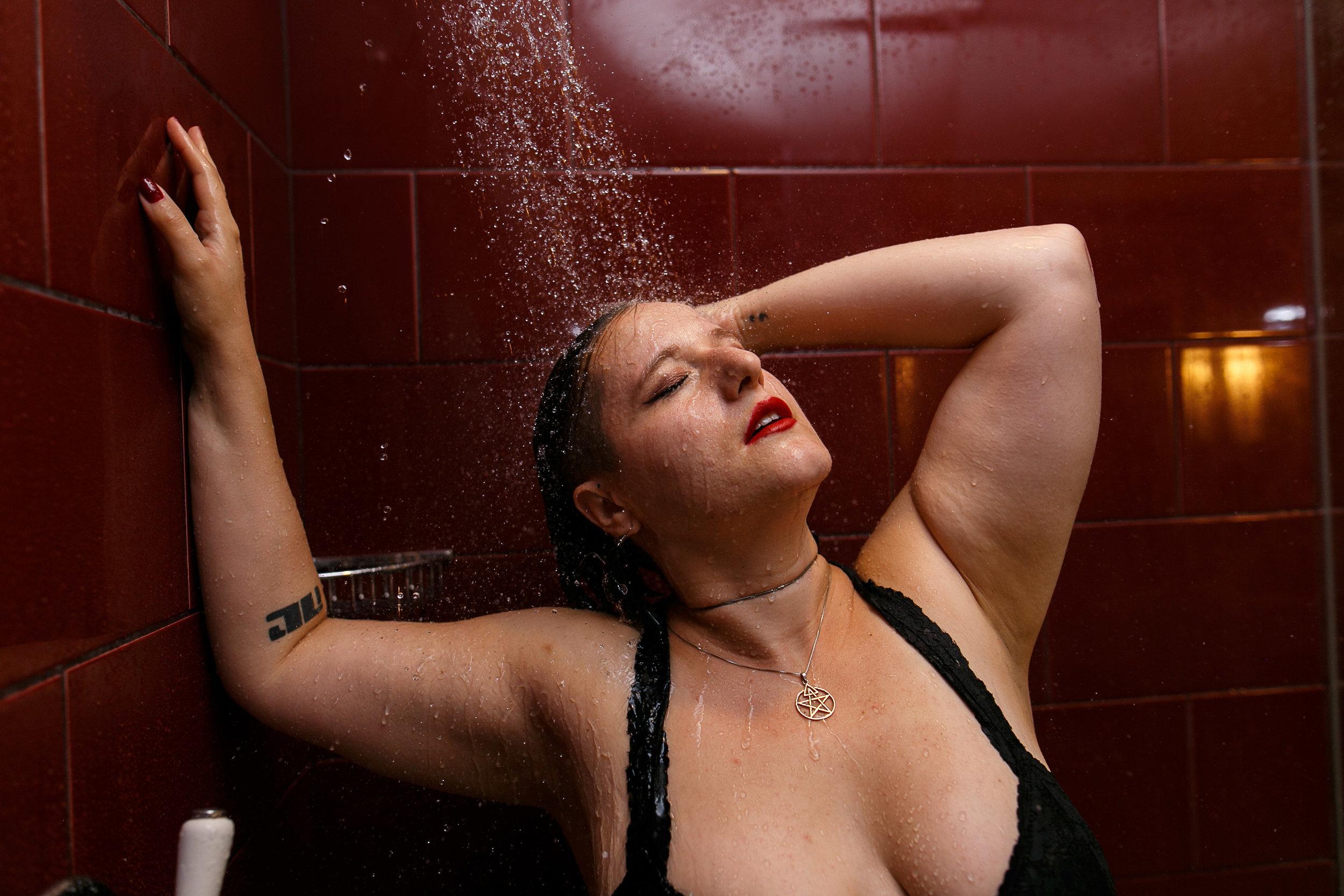 Glamorous Bathtub Boudoir Session at the Hotel Monaco Philadelphia 22