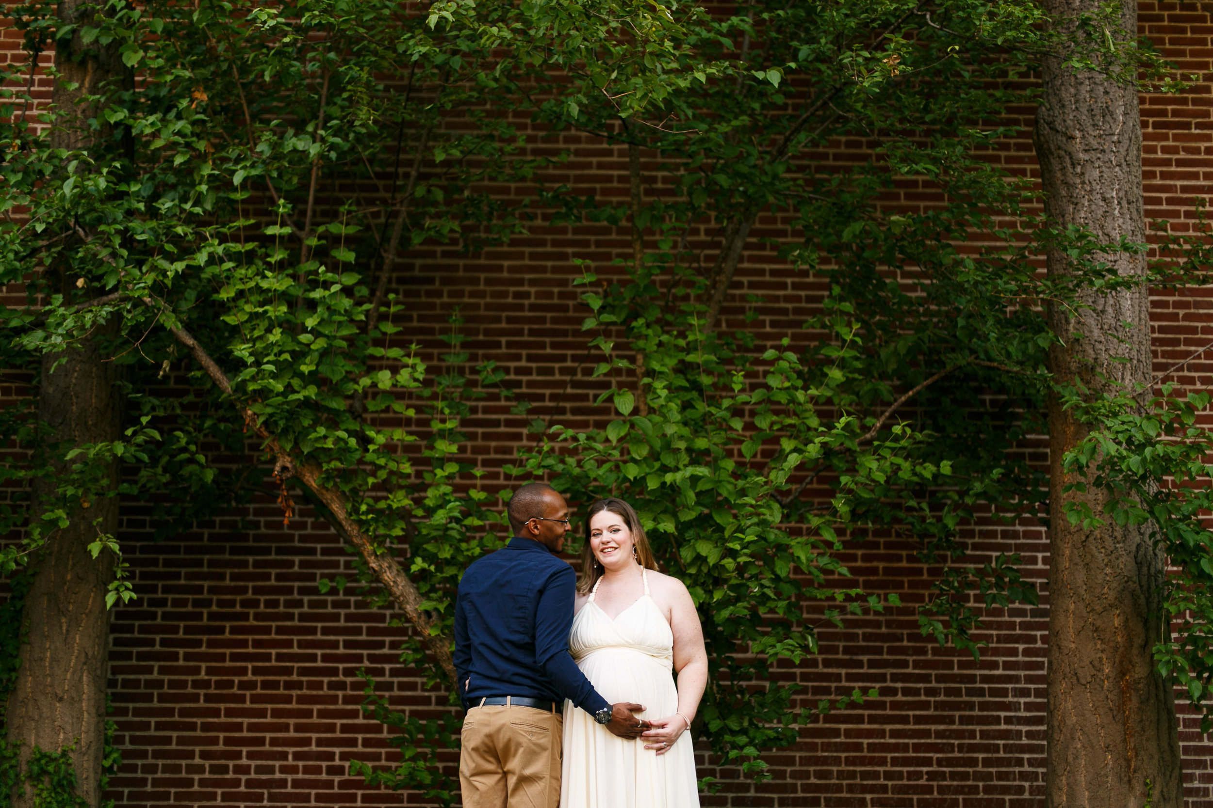 Amanda Old City Philadelphia Maternity Session-11.jpg
