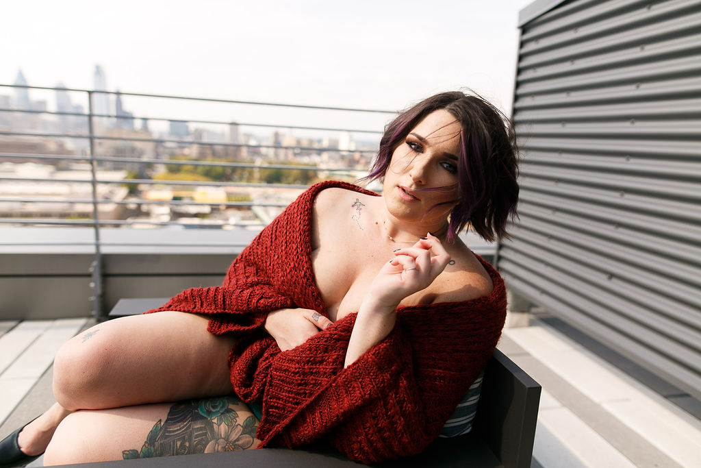 Philly Outdoor Rooftop Boudoir Session by Swiger Photography 48.jpg