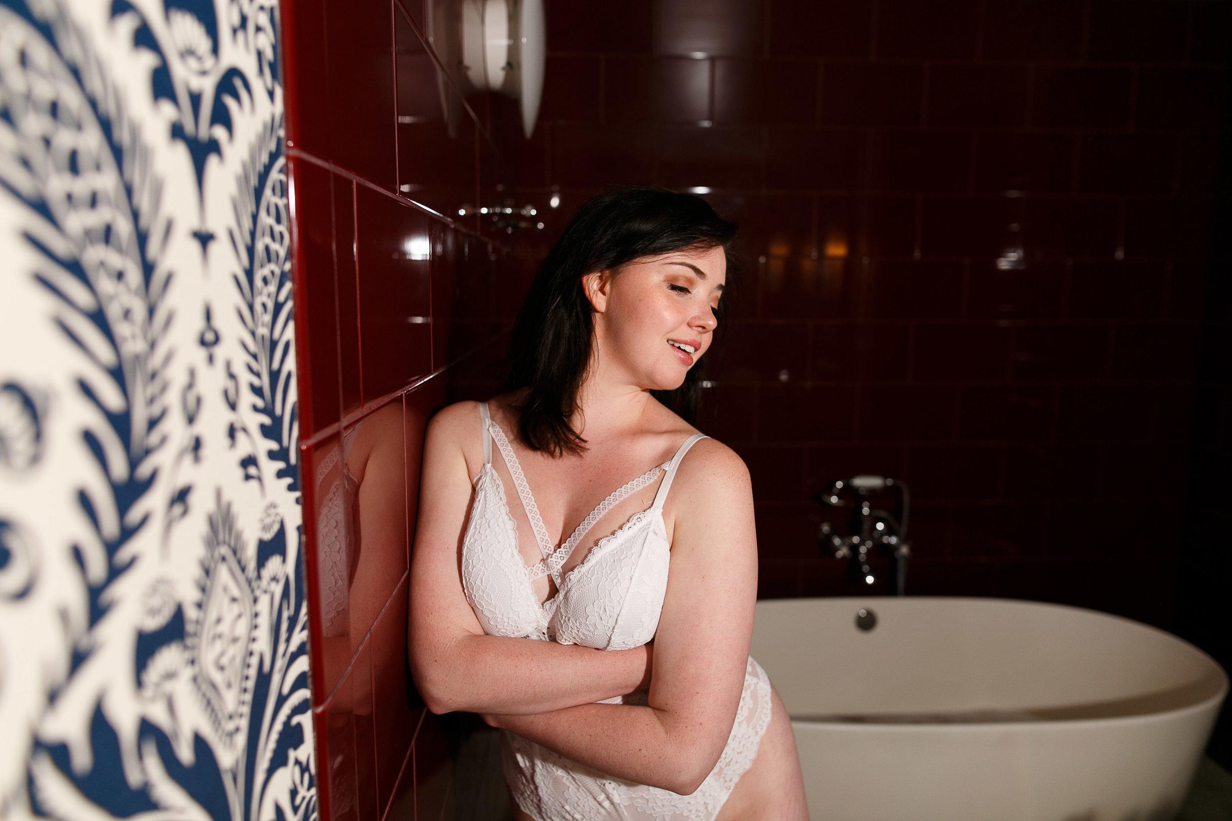 Lauren Philadelphia Boudoir Session-26.jpg