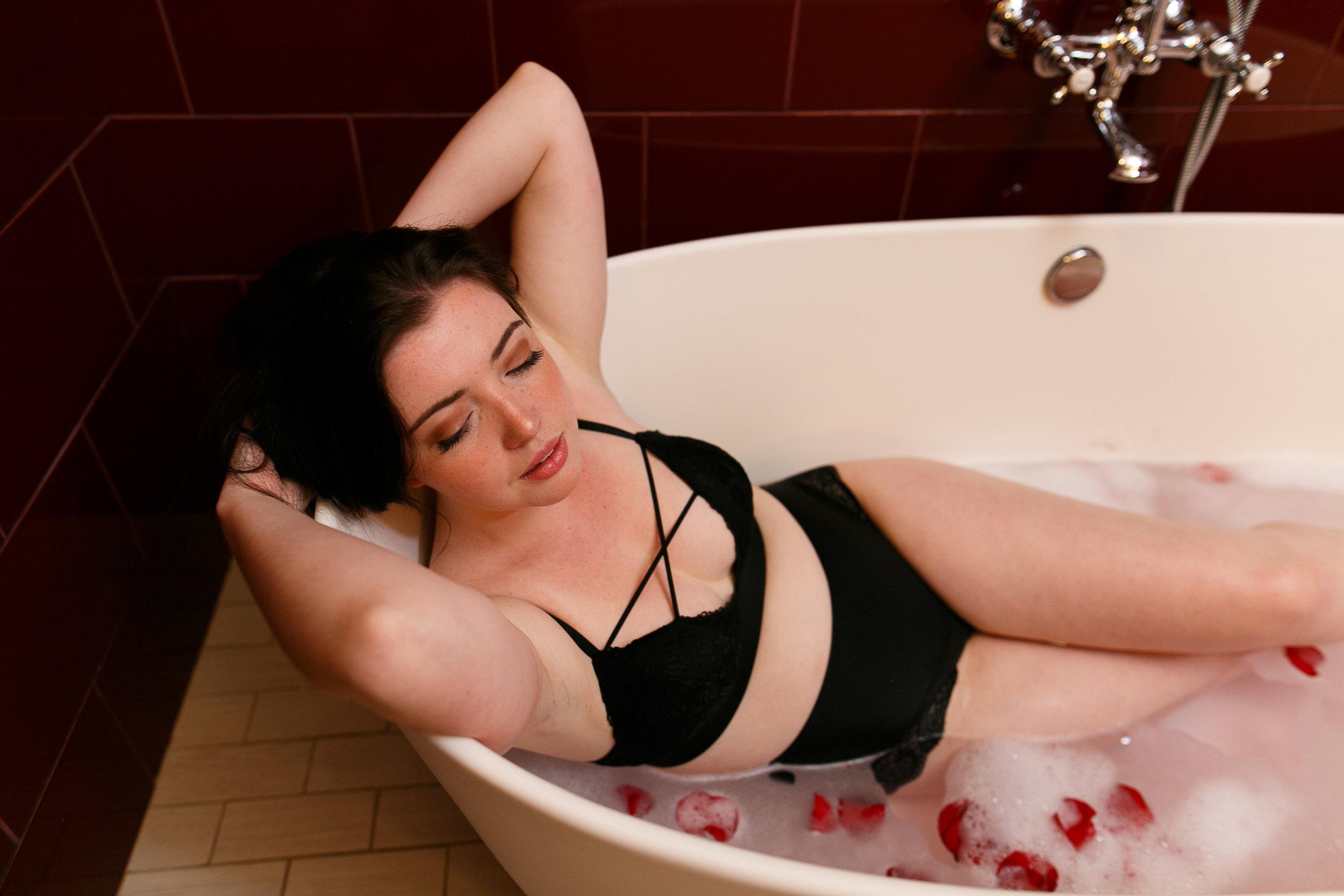 Lauren Philadelphia Boudoir Session-101.jpg