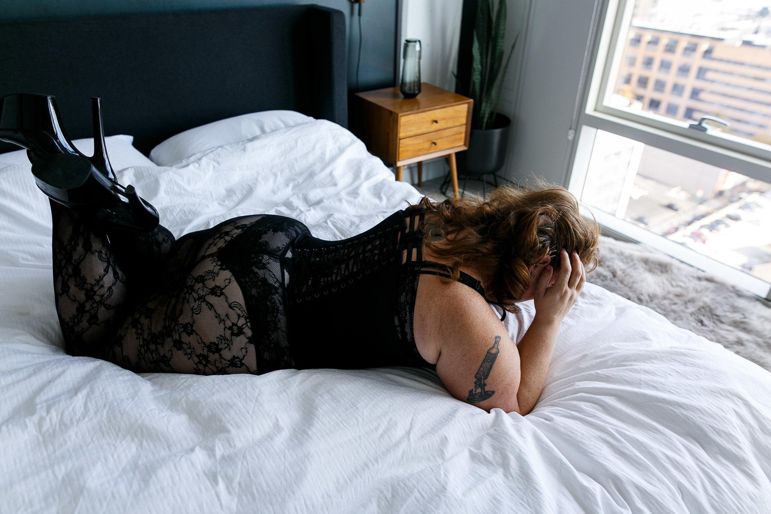 Jenn Burlesque Philly Boudoir Session-104.jpg