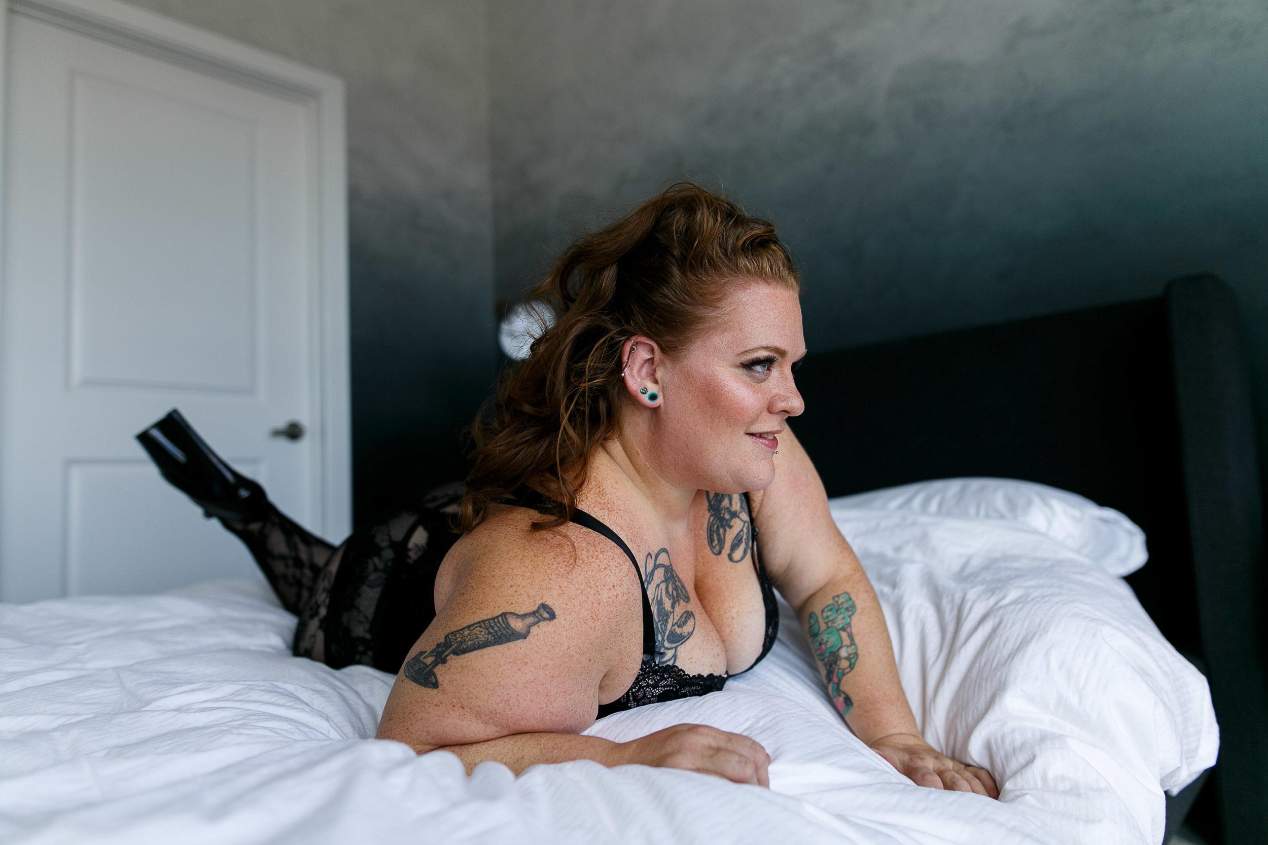 Jenn Burlesque Philly Boudoir Session-126.jpg