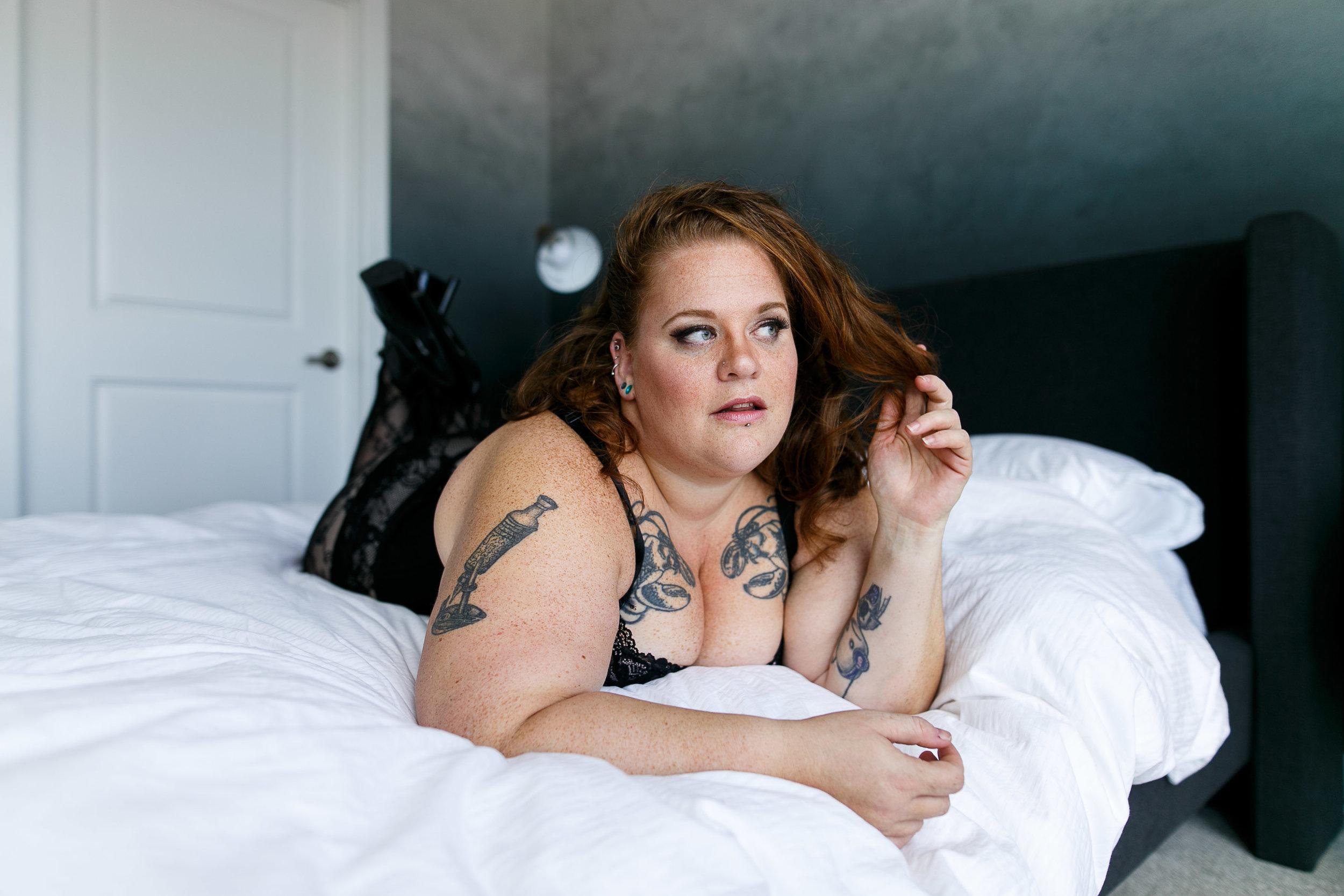 Jenn Burlesque Philly Boudoir Session-141.jpg
