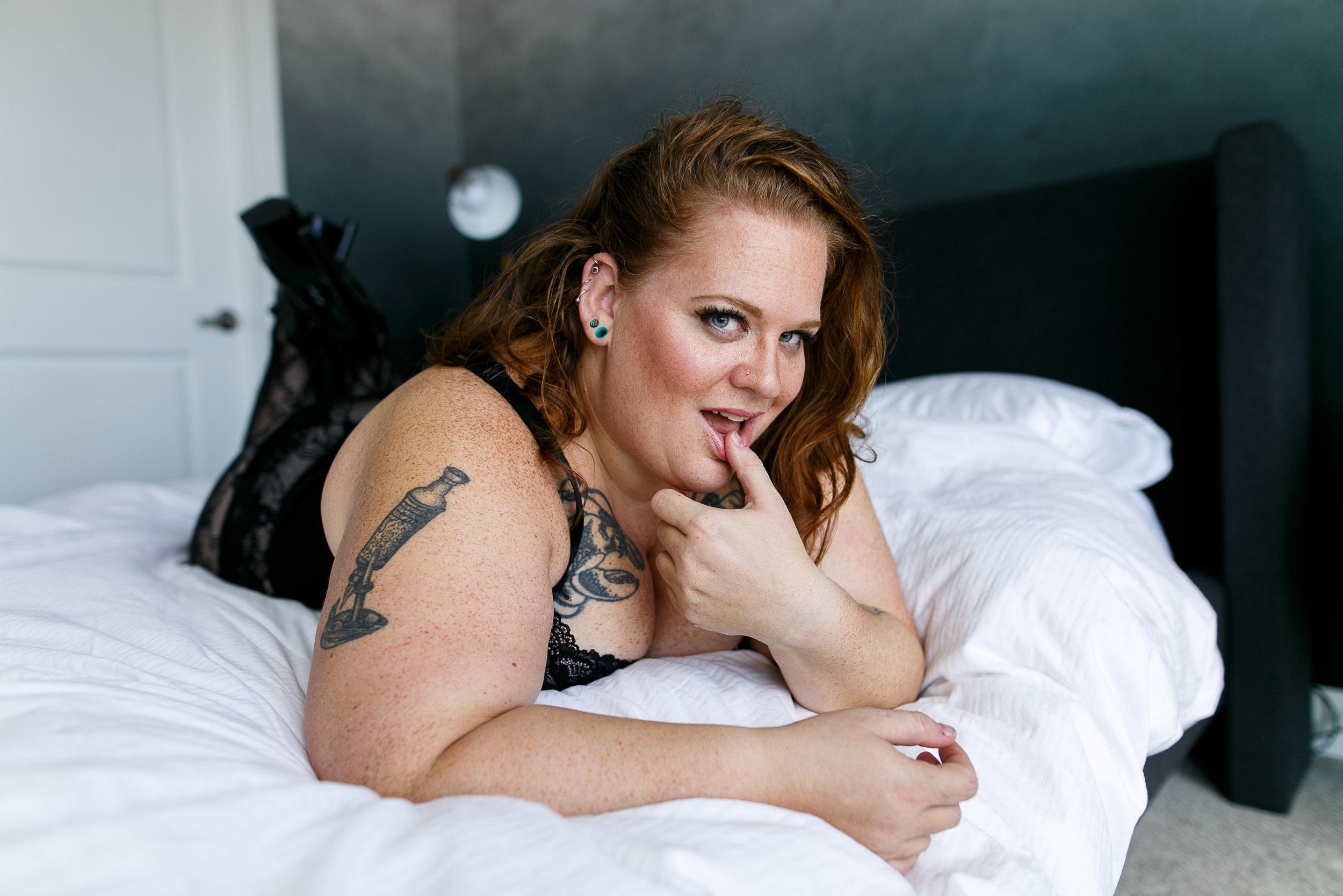 Jenn Burlesque Philly Boudoir Session-143.jpg