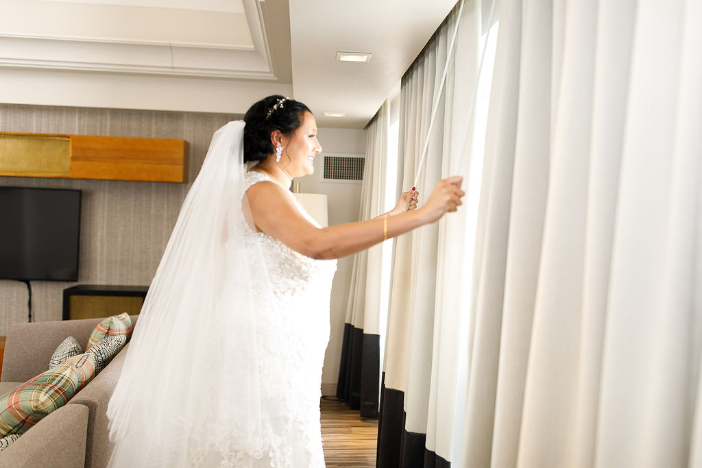 Old City Philly Renaissance Hotel Lesbian Winter Wedding25.jpg