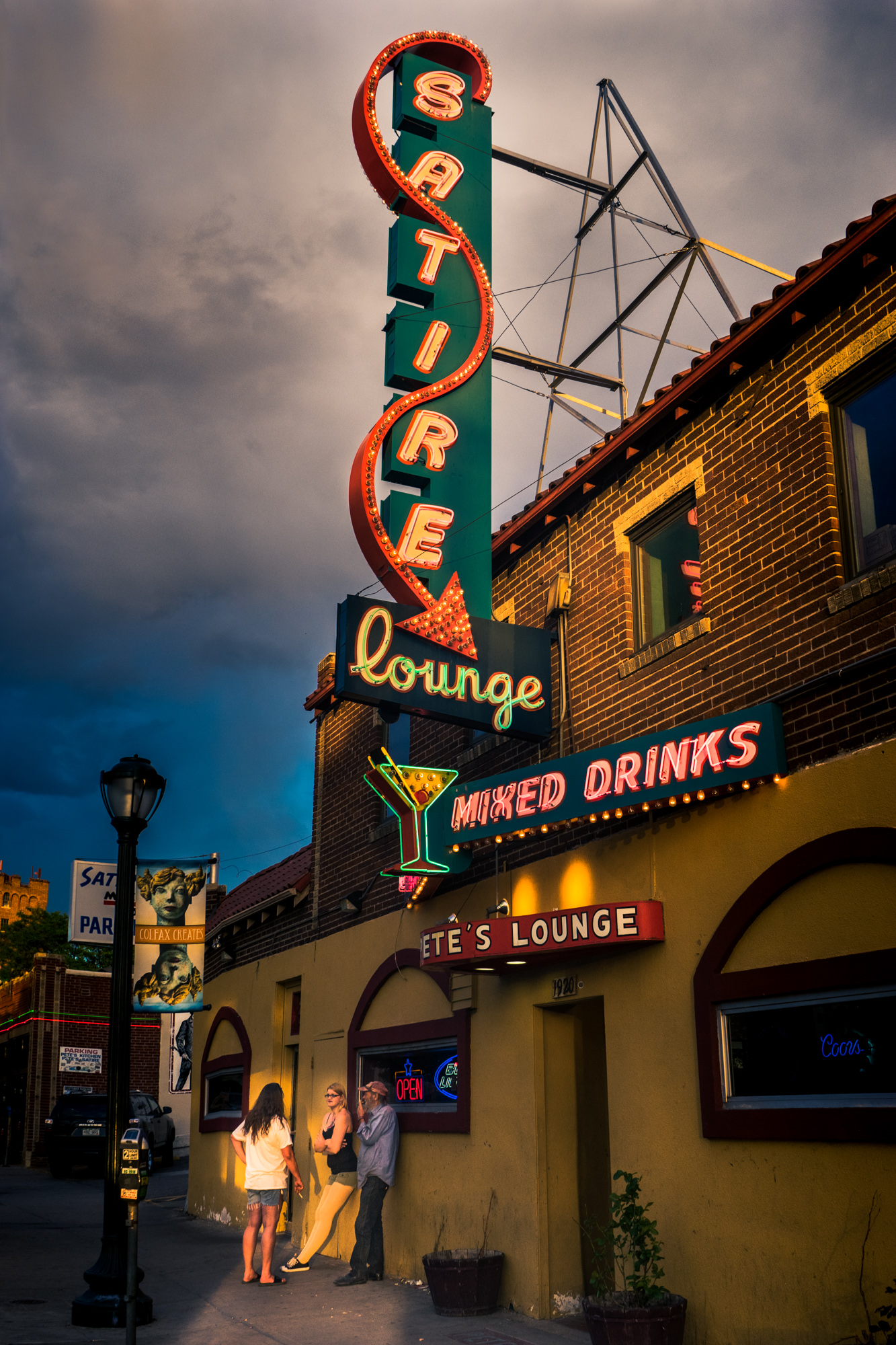 Neon Signs Cities Kyle Shannon Photography