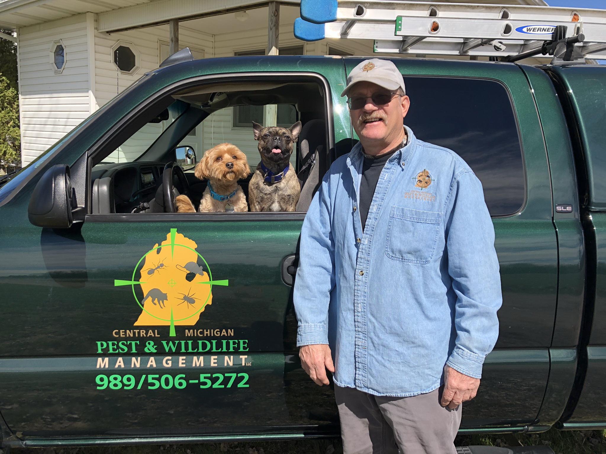 Bob Dogs Truck 2019.jpeg