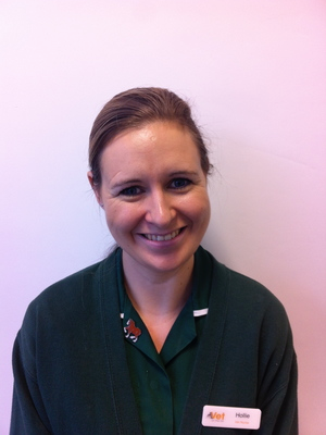 HOLLIE BOND-WEEDEN  Veterinary Nurse RVN  Hollie qualified as a veterinary nurse in 2006. She is particularly interested in critical care nursing, and has extensive experience in veterinary practice.