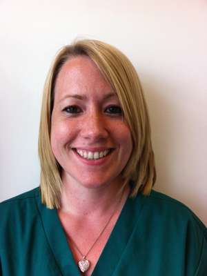 JOANNE MOLE  Veterinary Nurse RVN  Joanne joined the Vet on the hill team in April 2015. She has a particular interest in in-patient nursing. Joanne has a young family and a lovely dog called Zero