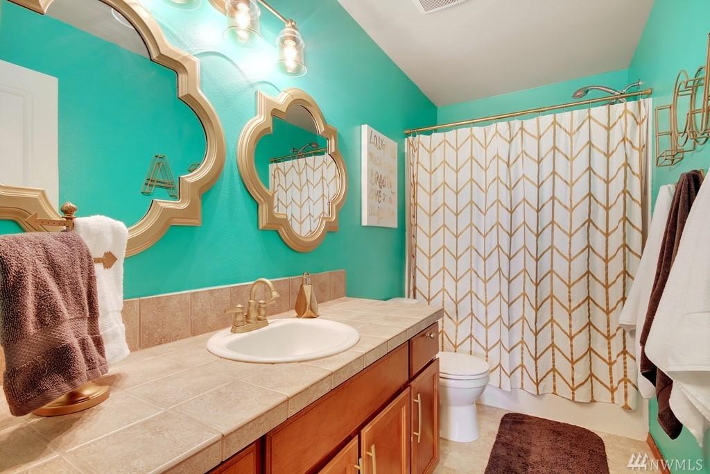 Kids' Bathroom - Interior Styling