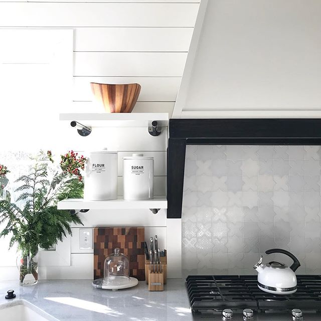 Christmas greens anxiously awaiting to be dispersed throughout the kitchen 🌿❤️ . . . . #interiordesign #kitchendesign #renovation #remodel #designbuild #interiordesigner #treesidelane #mywestelm