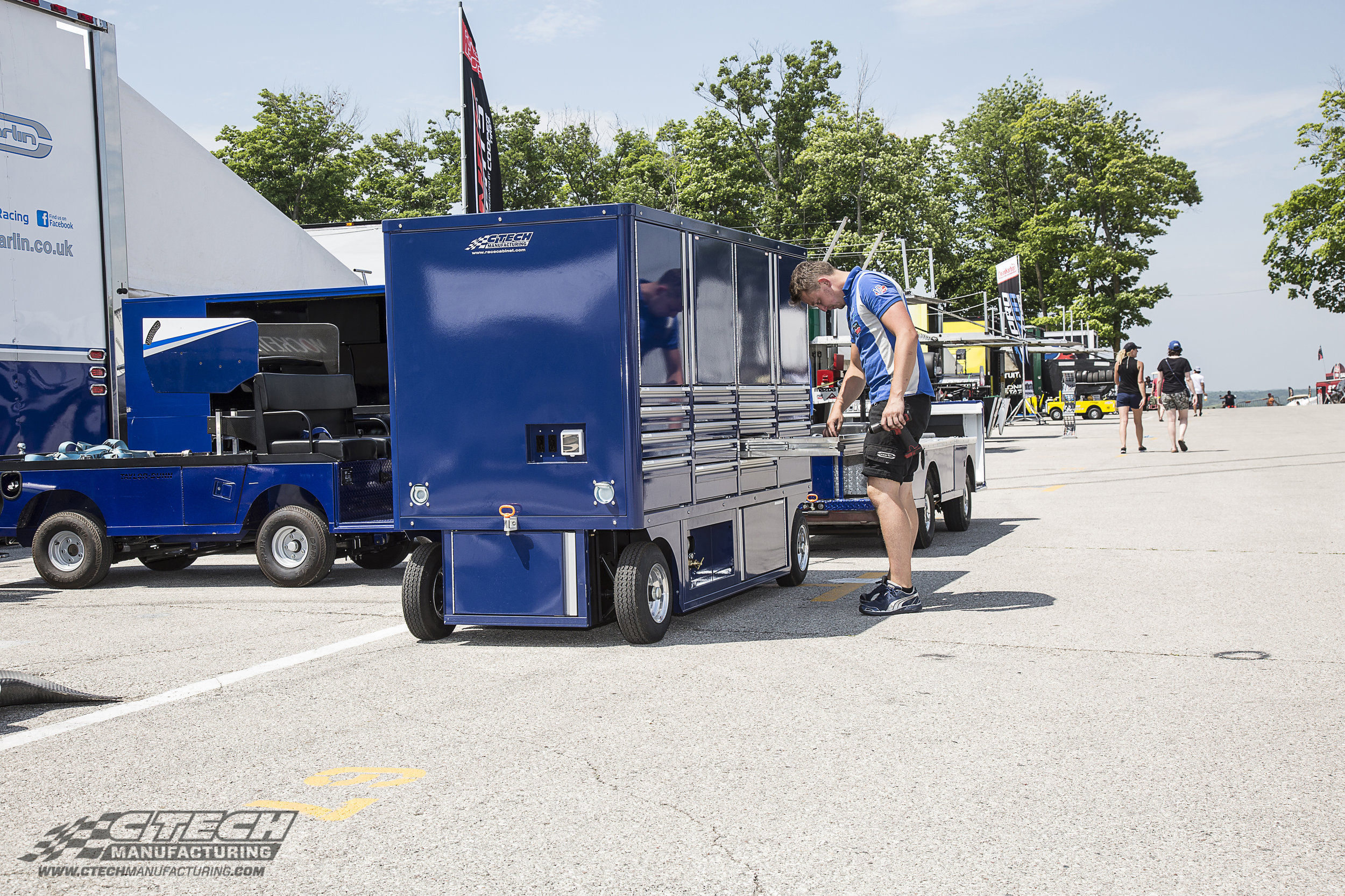 Sportsman Carts are among the largest pit cart models offered by CTECH, boasting chassis storage for up to four nitrogen tanks (complete with pneumatic distribution), ship-to-shore power integration, a flip-down workbench, and much more.
