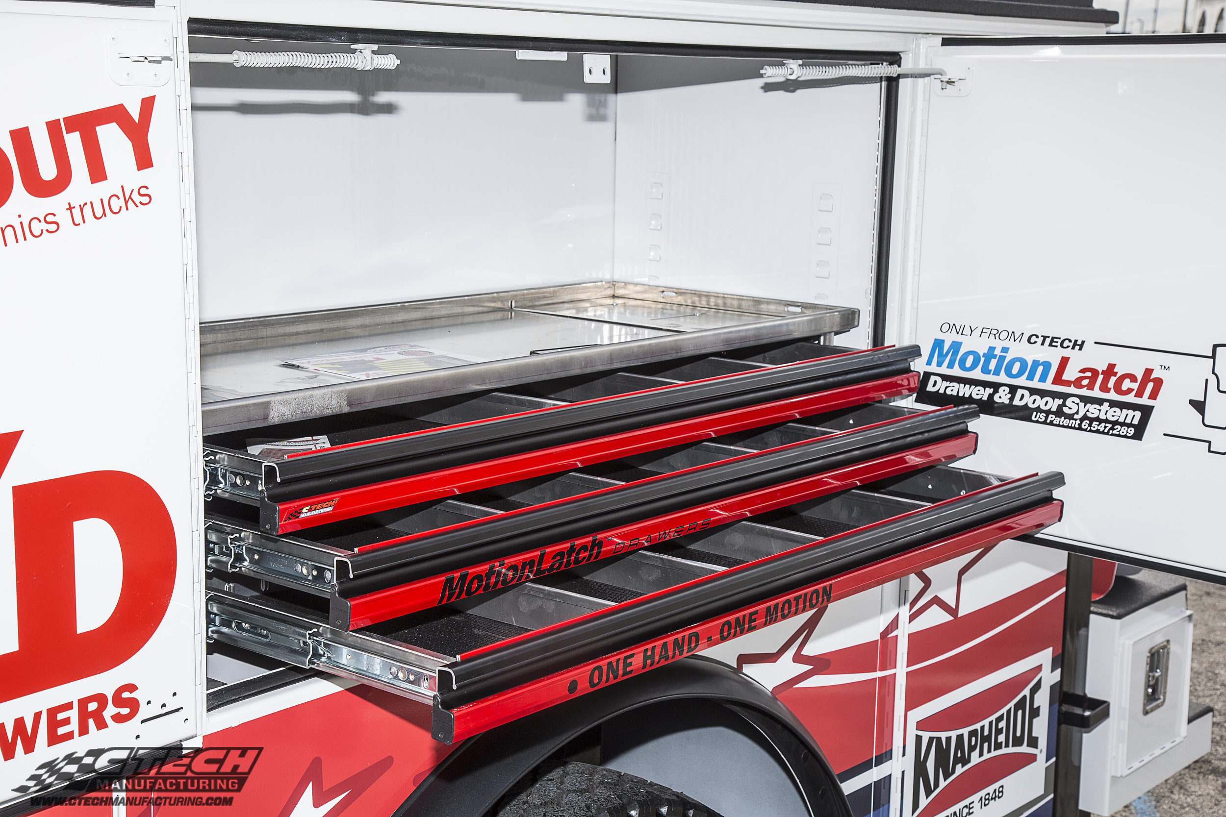 Adding accessible tool storage above the wheel well of your service truck has never been easier. Horizonal compartment drawer units are available ready-to-order from CTech for a variety of different truck body manufacturers.