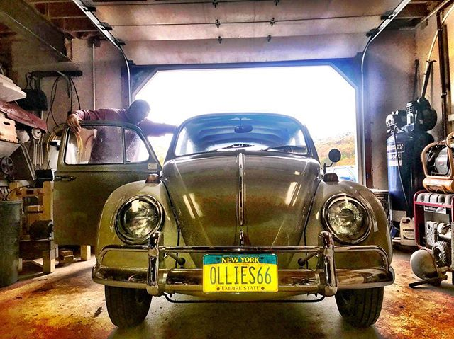 Vintage Life! '66 VW Beetle 1300, Upstate NY. #vintagelife #vw #volkswagen #vintageauto #classiccars #upstateny