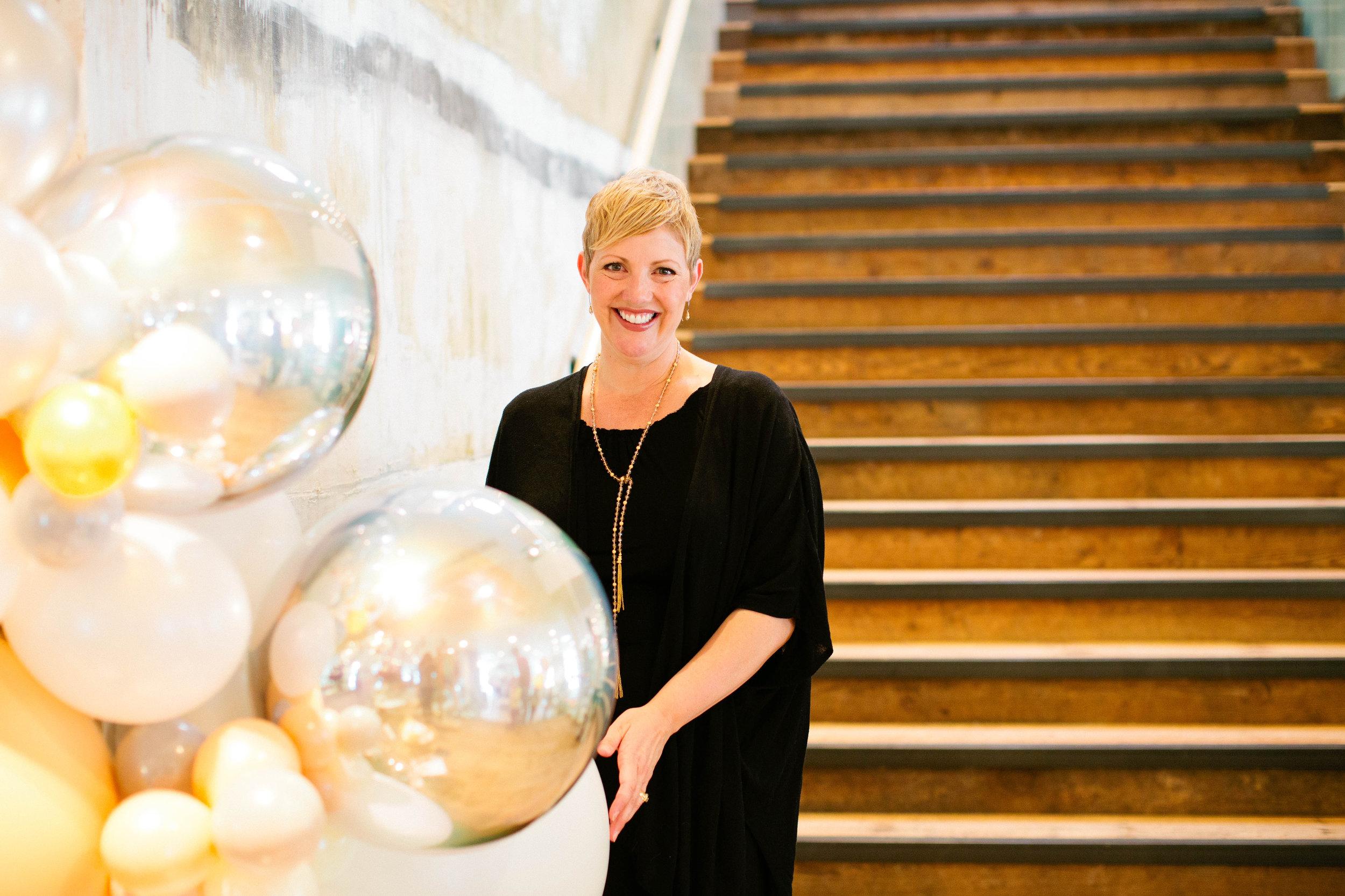 Lifted-Balloons-Nicole-Gilmore-Giant-Balloons