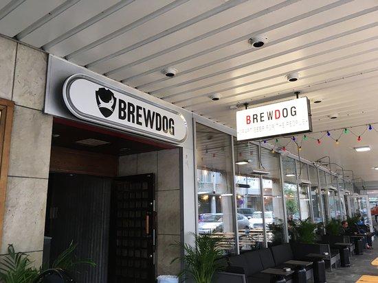 BREWDOG.  MALMÖ       https://www.brewdog.com/bars/worldwide/malm
