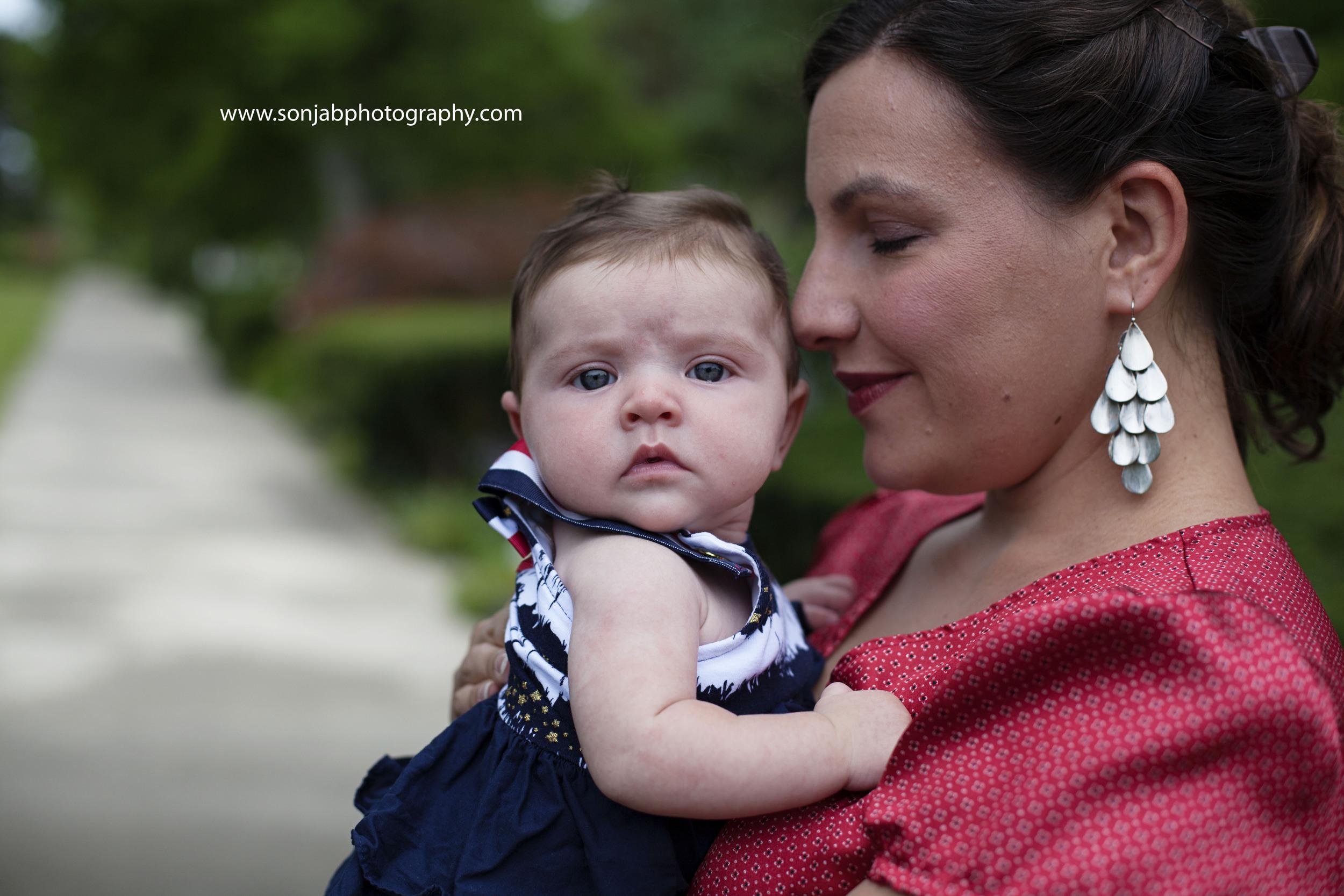 cincinnati mommy and baby photography.jpg