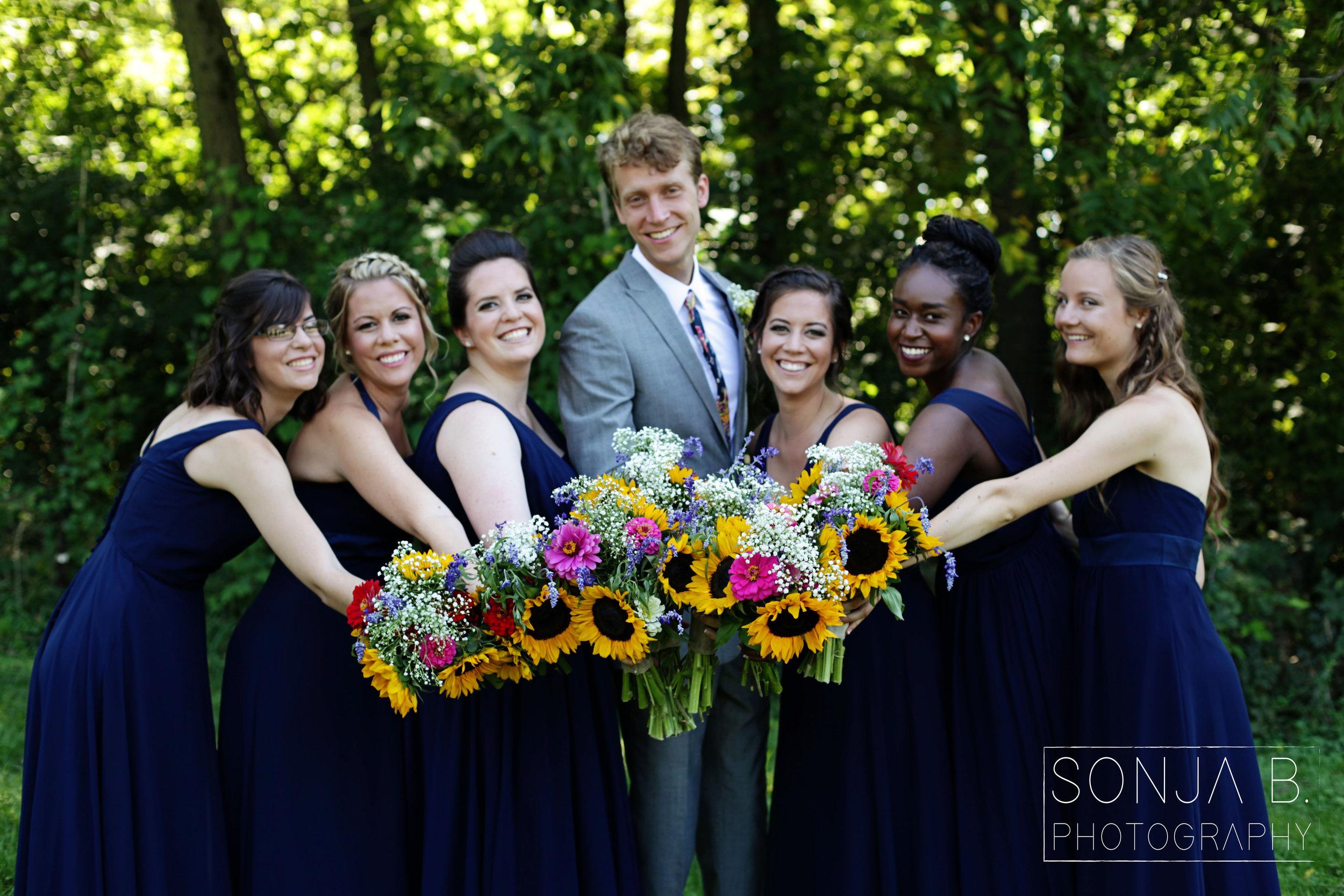 cincinnati wedding party.jpg