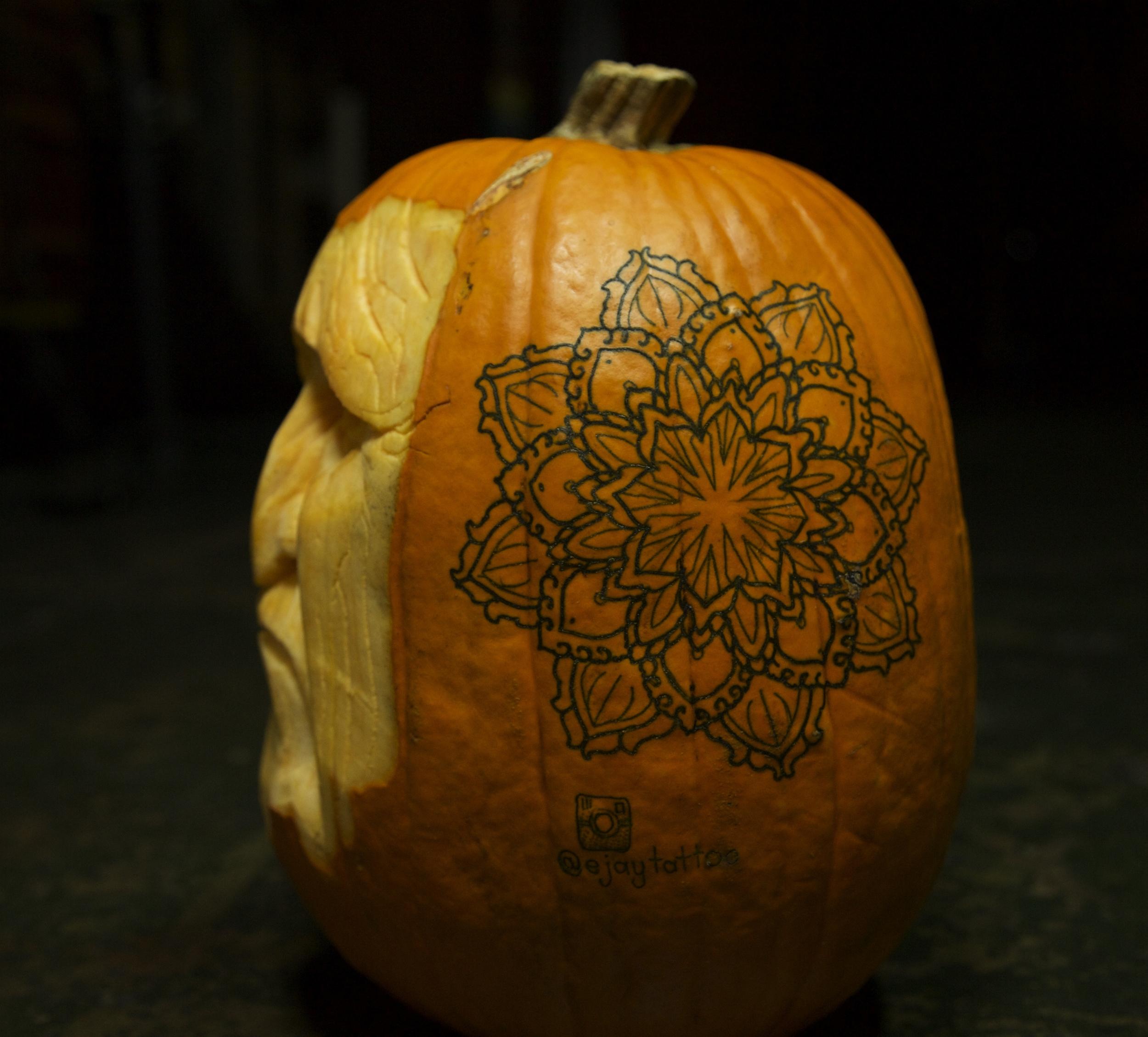 Pumpkin Carving 2 enrique bernal ejay tattoo.jpg