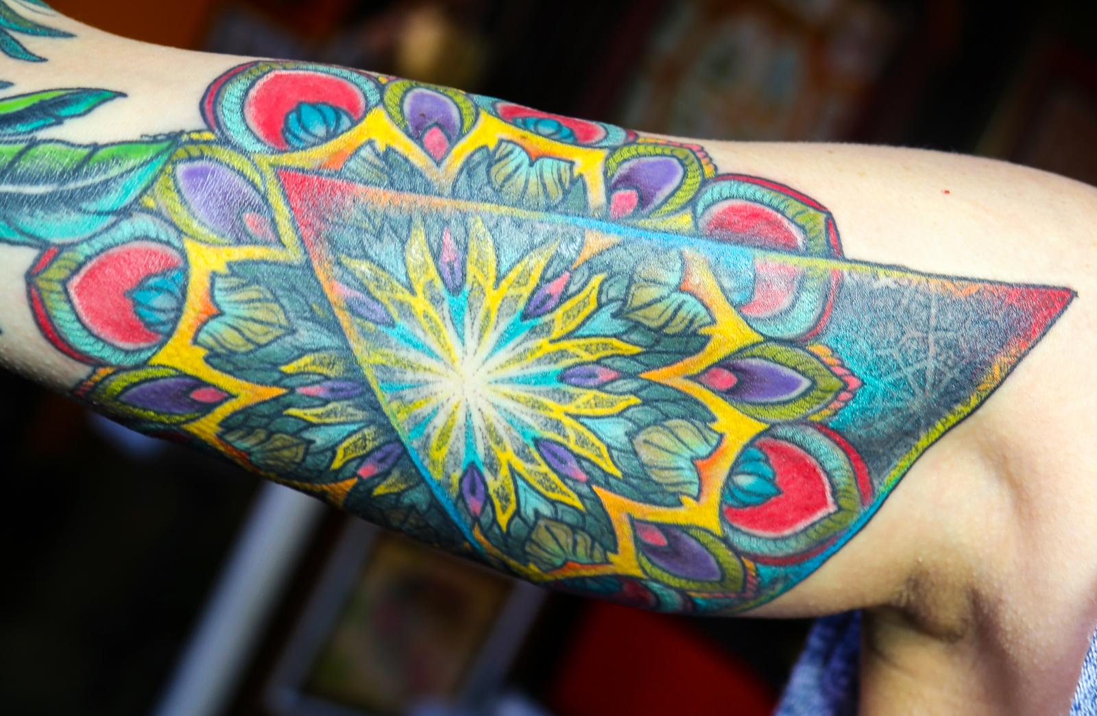 Color mandala Flower enrique bernal ejay tattoo.jpg