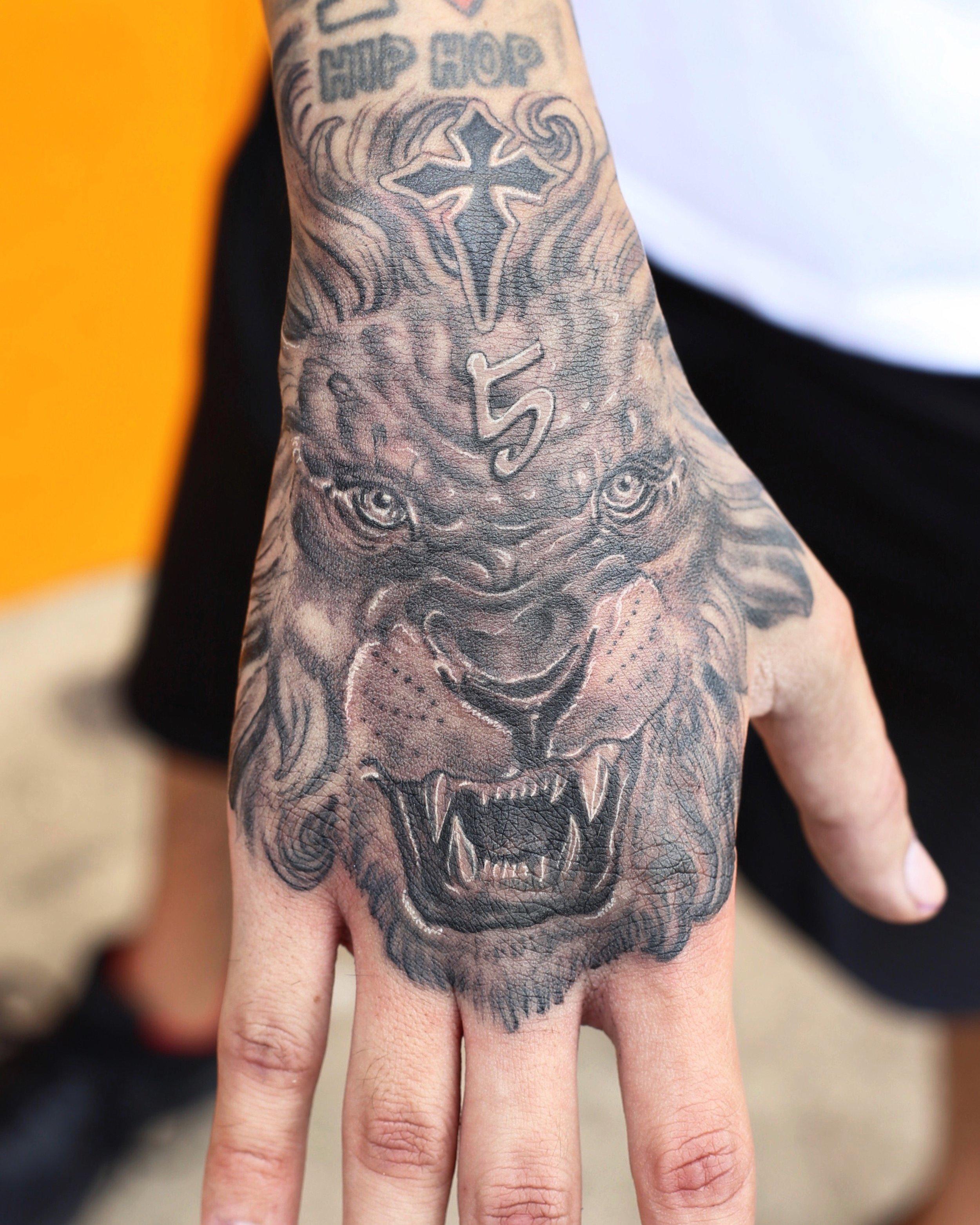 Enrique Ejay Bernal dallas tattoo best lion.JPG