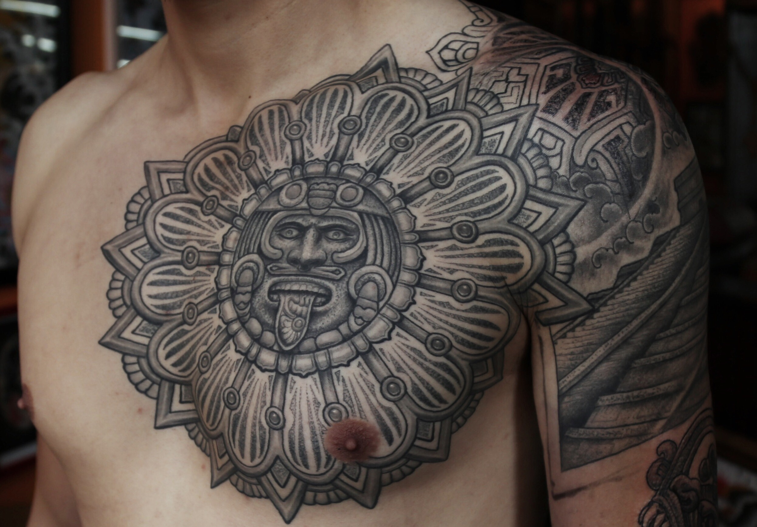enrique bernal ejay tattoo dallas texas aztek calendar stipple.jpeg