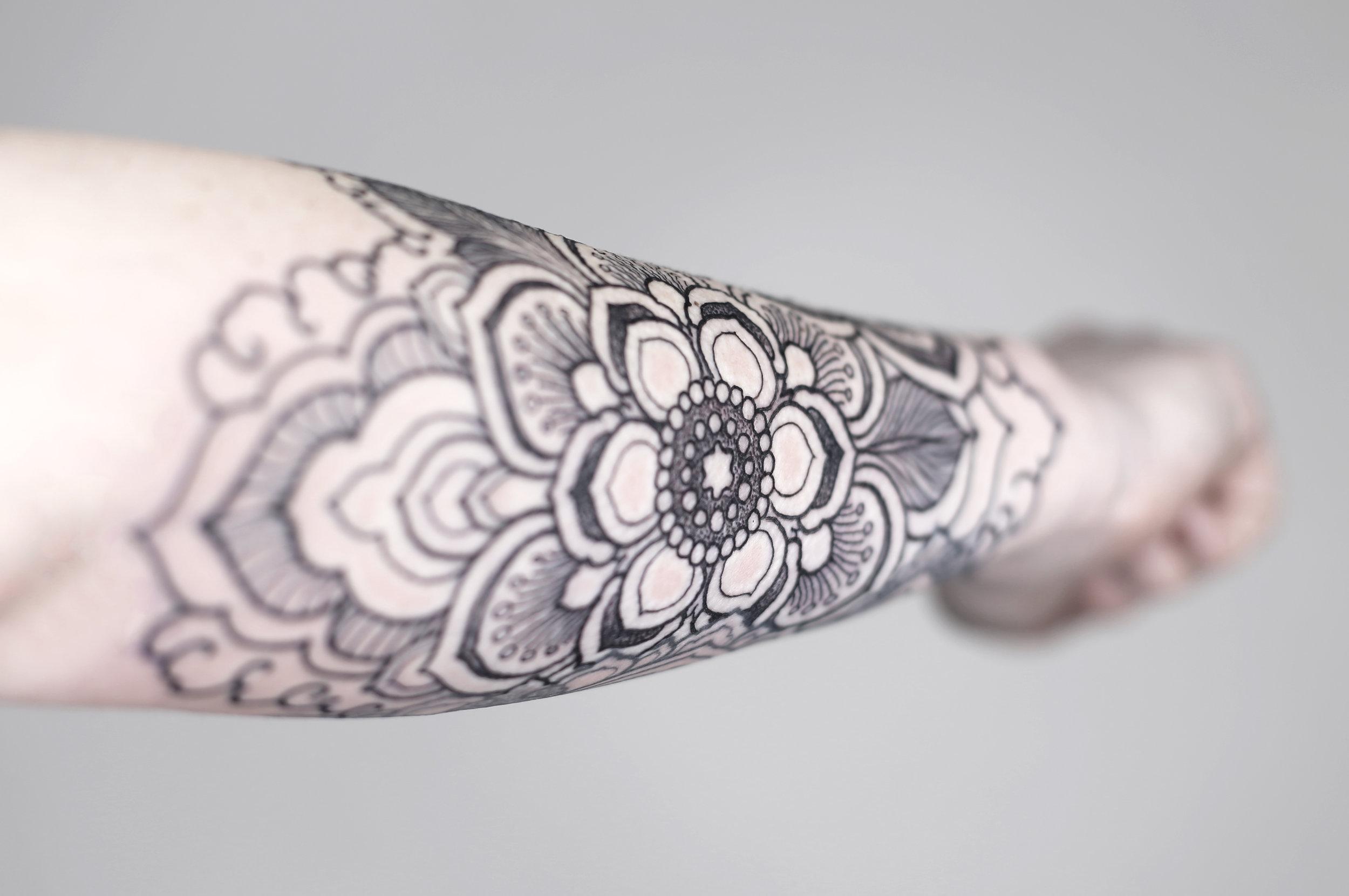jessica tattoo ejay tattoo singleton tattoo mandala stipple dallas texas ink master.jpg
