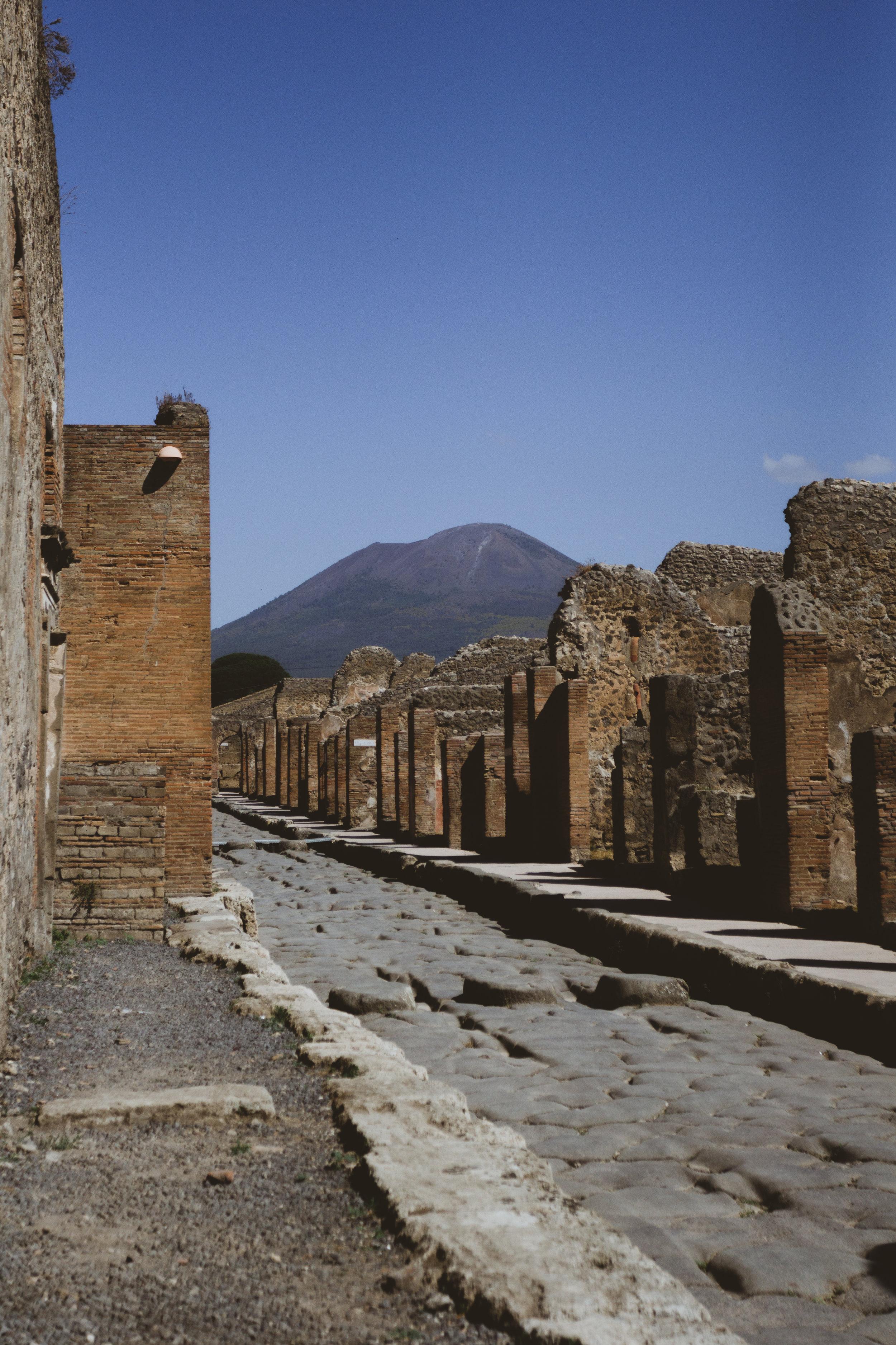 Day 4 - Pompeii (10 of 81).jpg