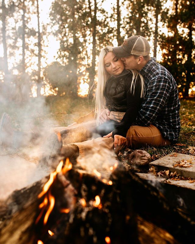 Fall is meant for bonfires, s'mores & snuggles