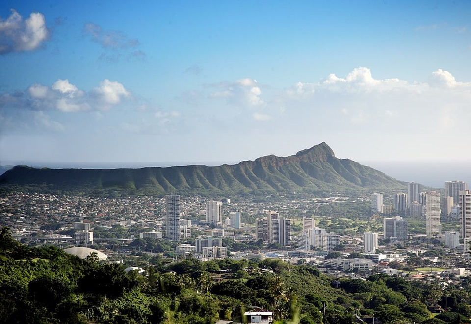 honolulu-skyline-734694_960_720.jpg