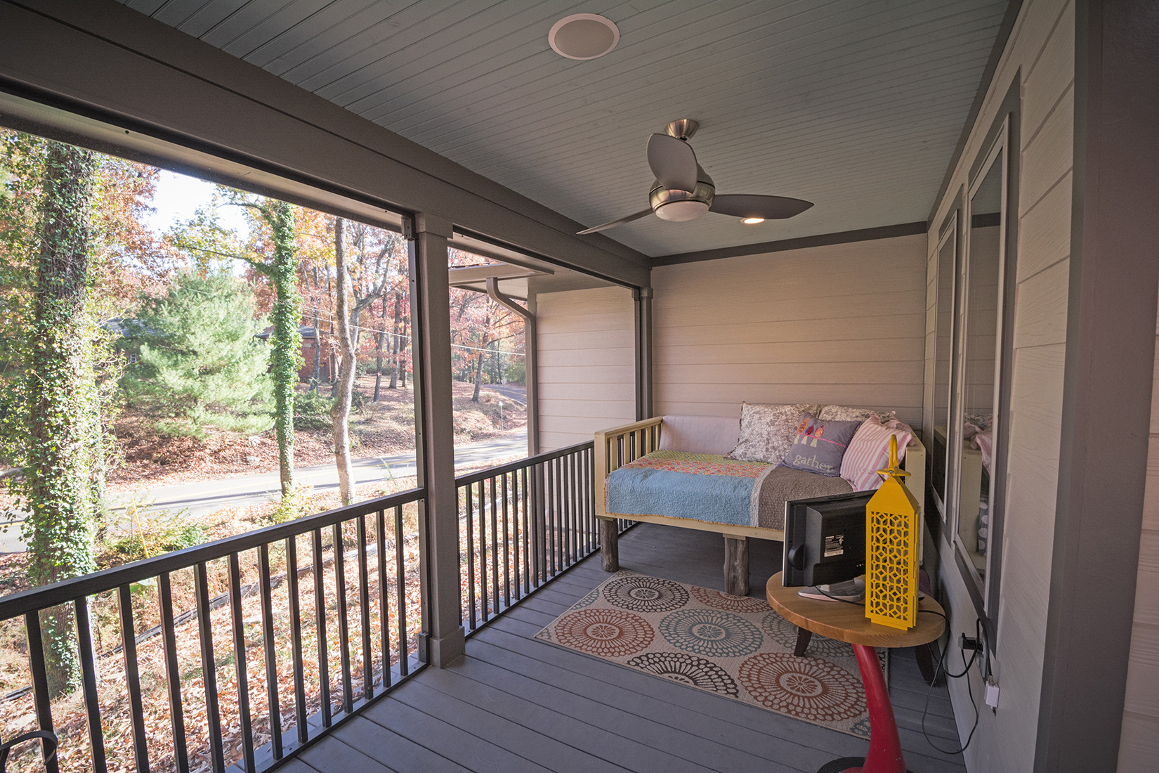 ScreenedPorch3.jpg